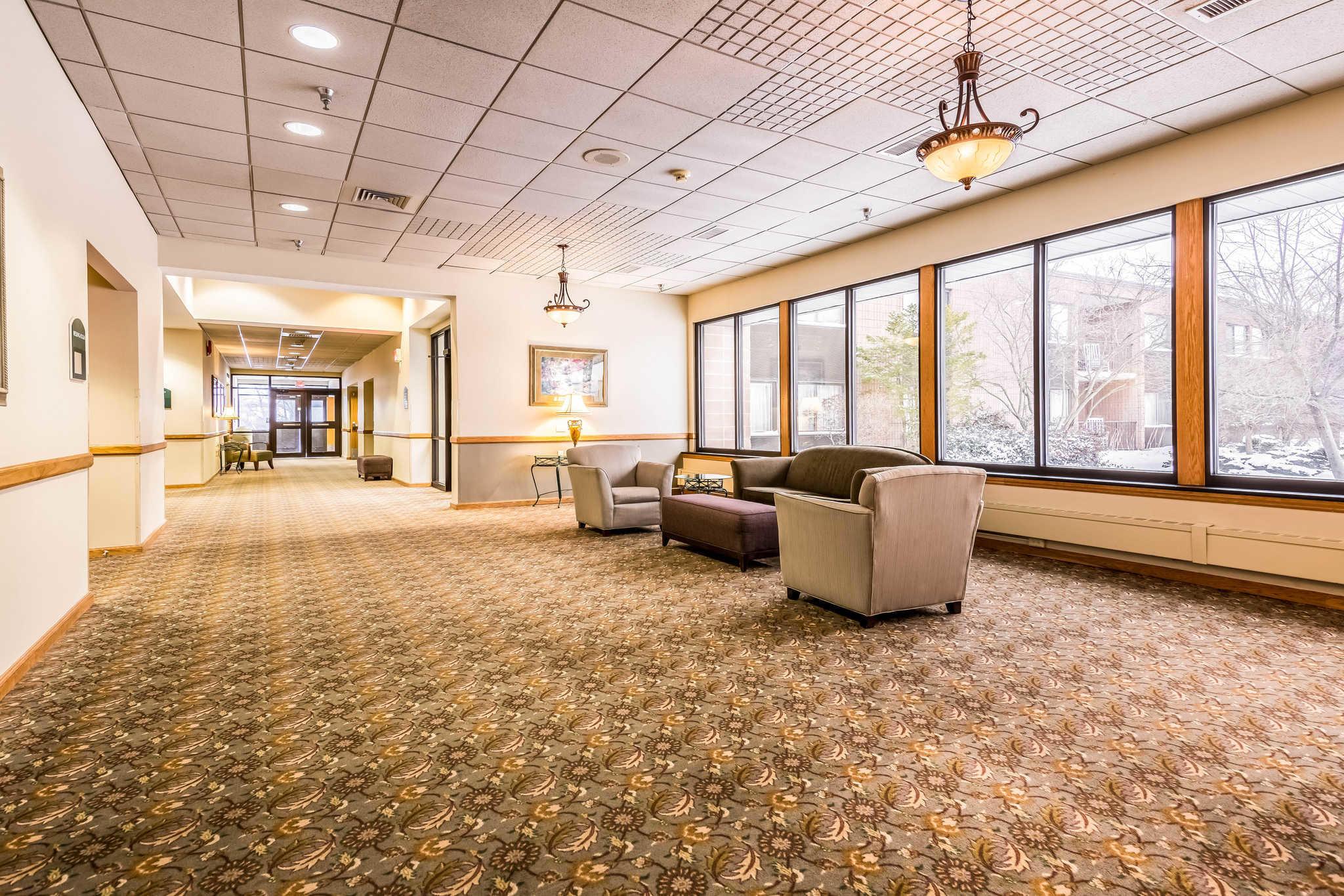 Quality Inn near Finger Lakes and Seneca Falls image 4