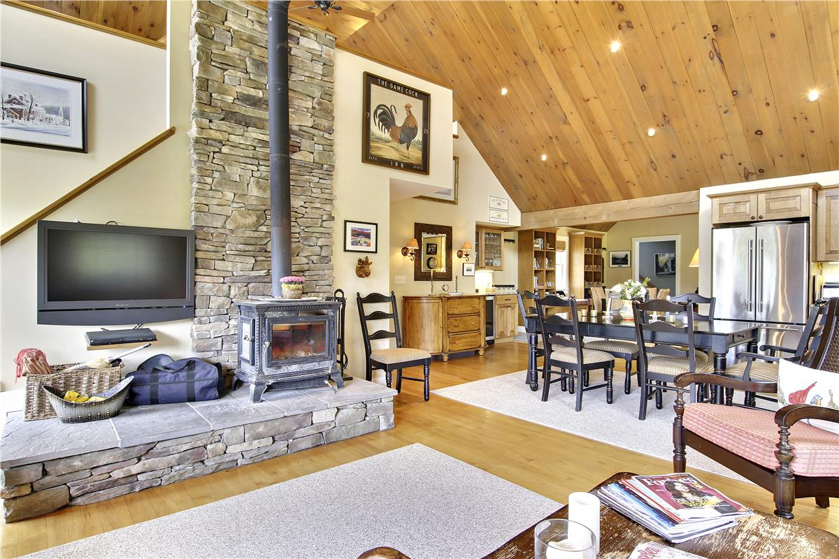 Stowe Country Homes image 15