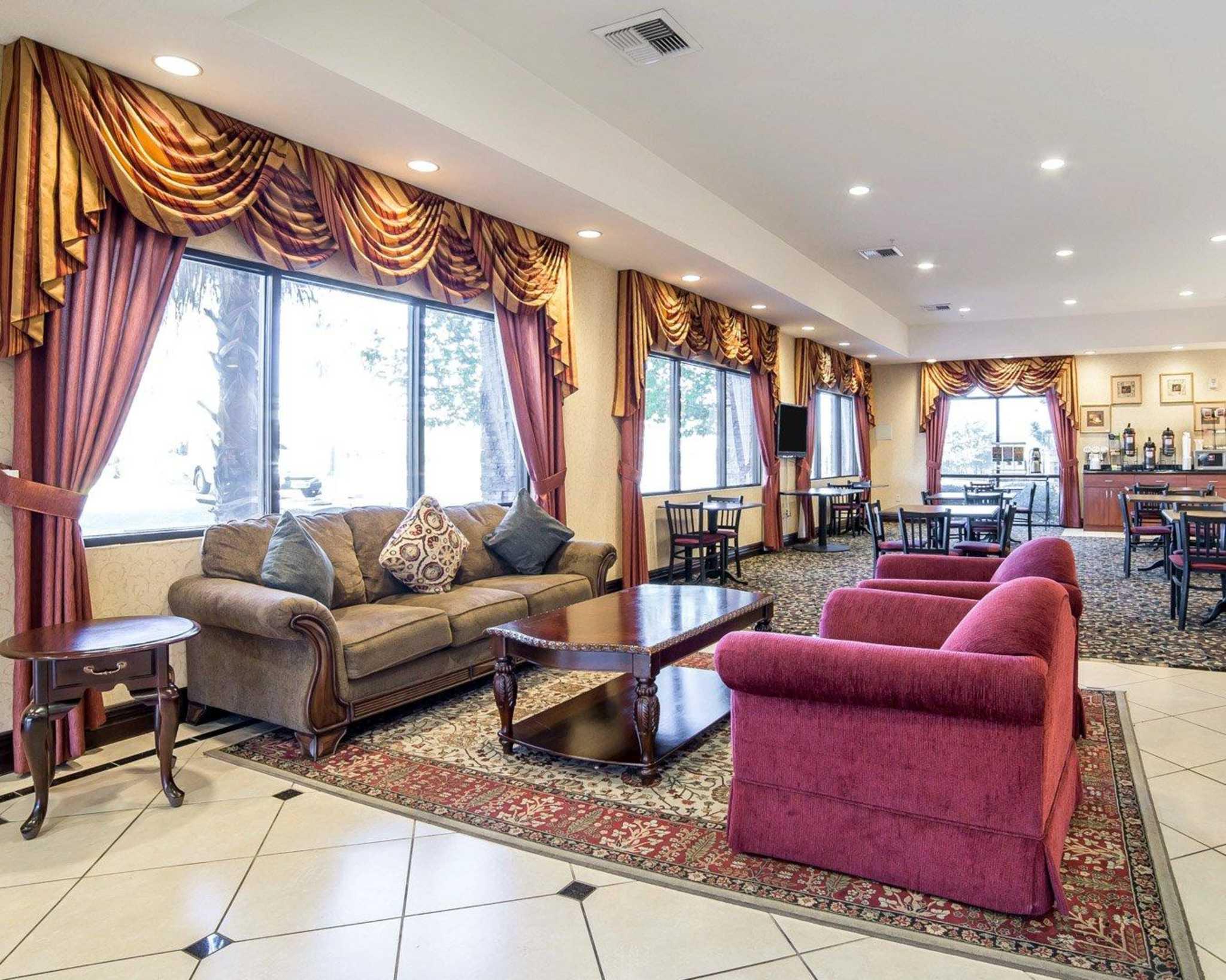 Comfort Inn & Suites Las Vegas - Nellis image 6