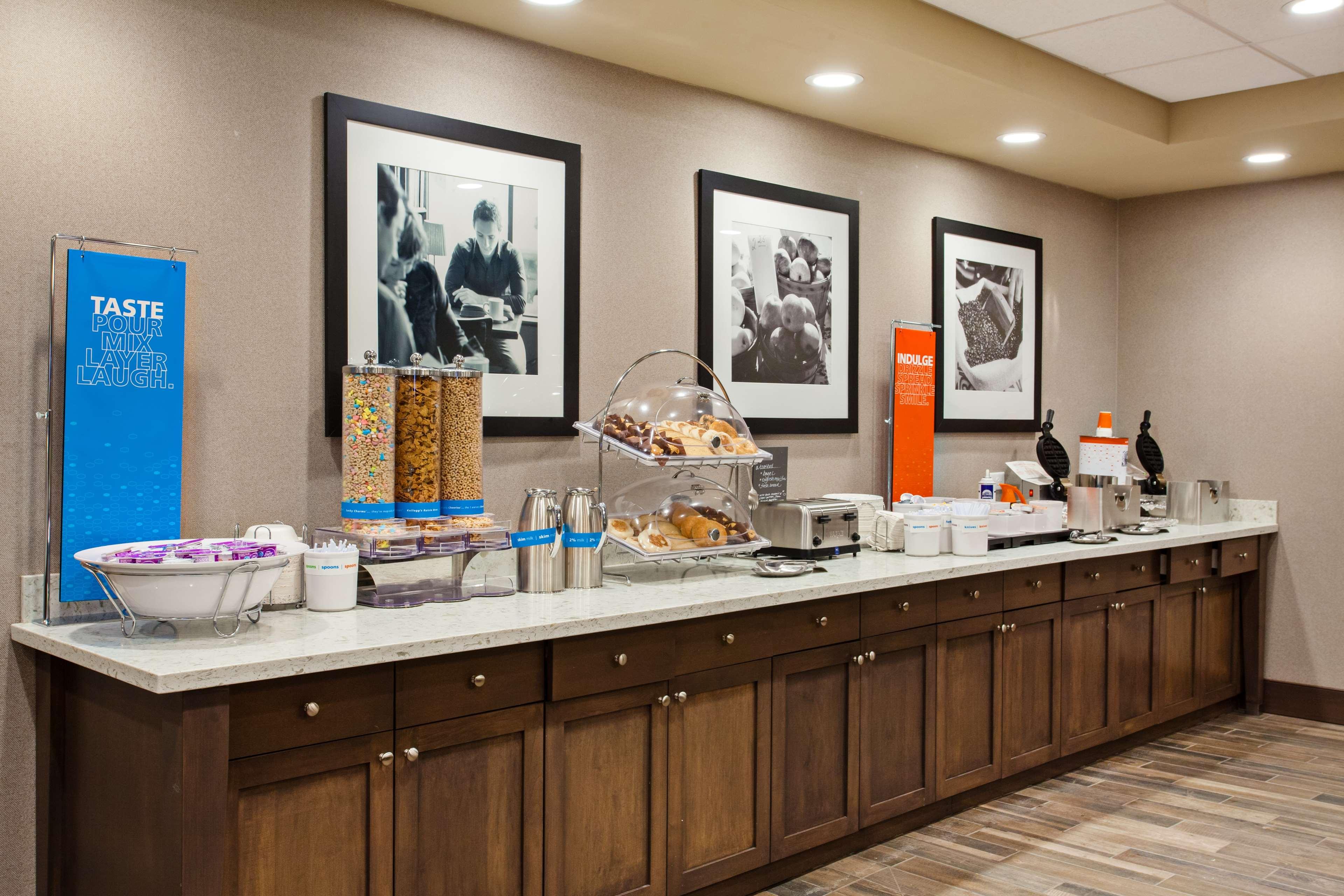 Hampton Inn & Suites Leavenworth image 8