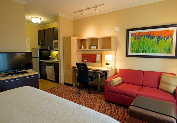 TownePlace Suites by Marriott Bowling Green image 4