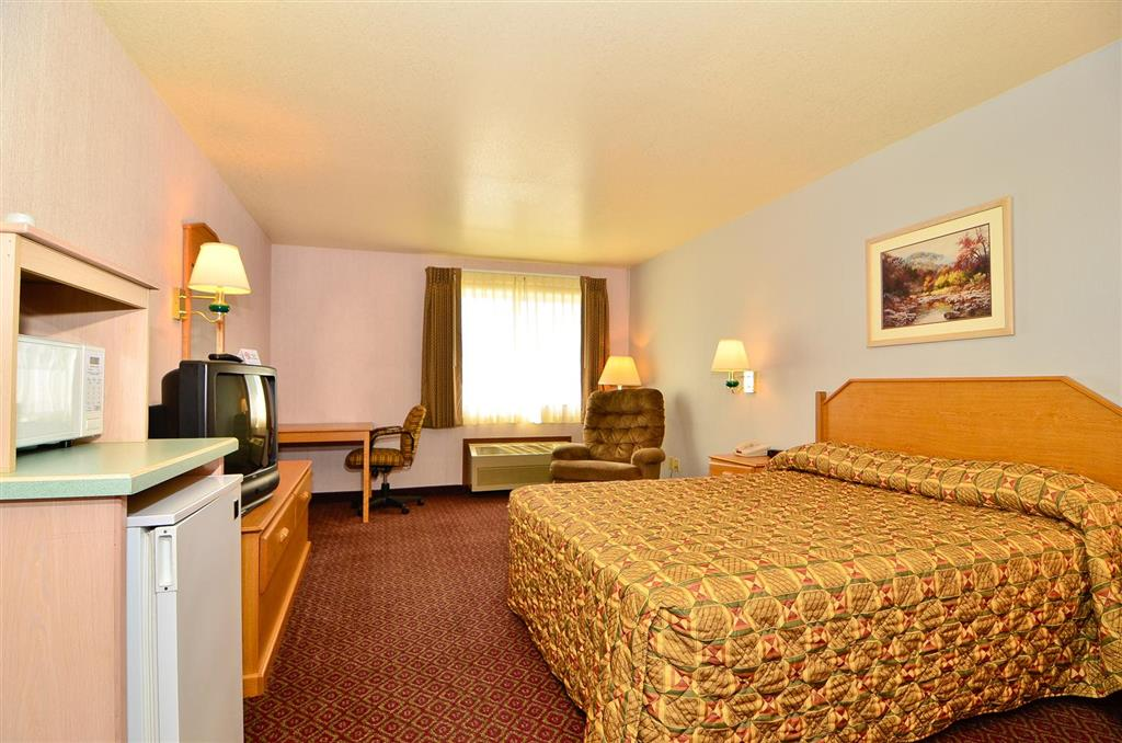 Americas Best Value Inn & Suites McCall image 10