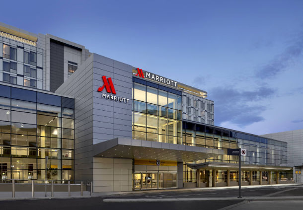 Calgary Airport Marriott In-Terminal Hotel