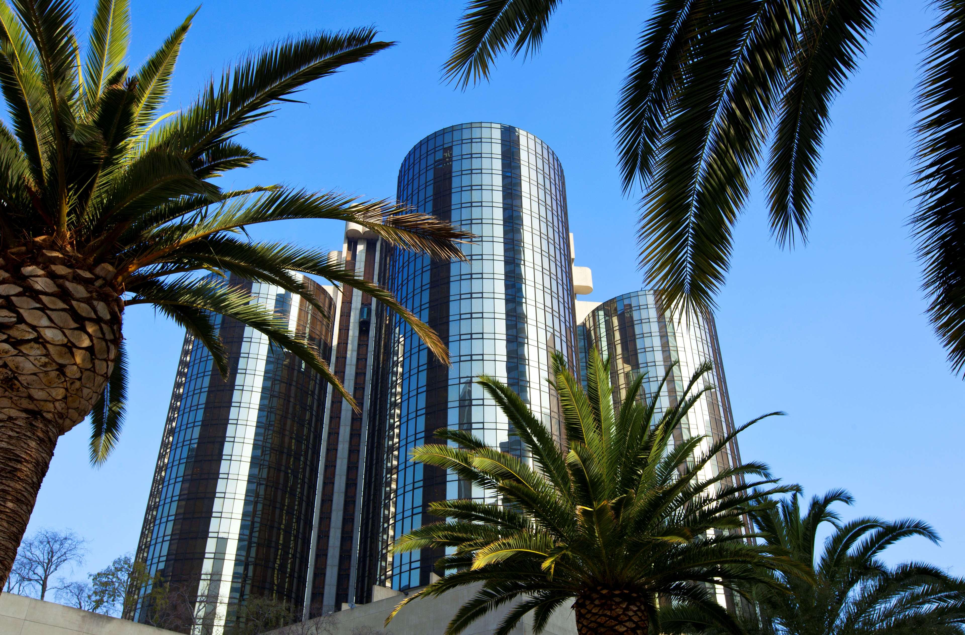 The Westin Bonaventure Hotel & Suites, Los Angeles image 3