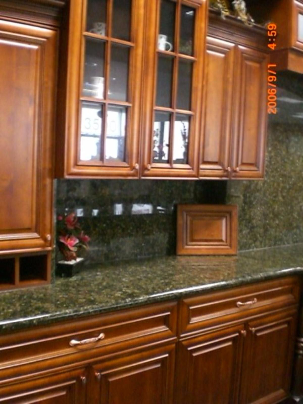 Cabinets and granite phone 772 245 2227 vero beach fl for Kitchen cabinets vero beach