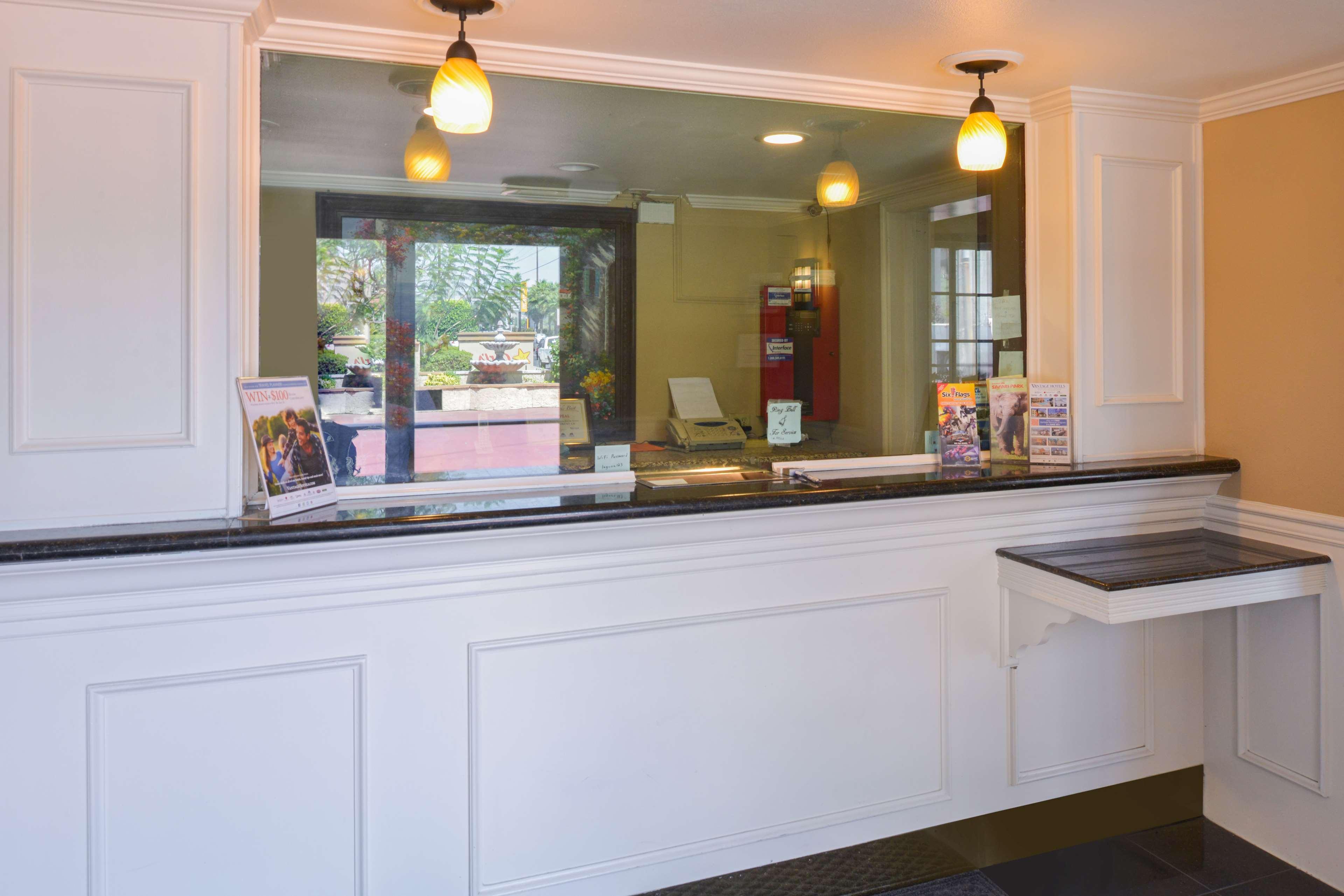 Americas Best Value Laguna Inn & Suites image 5