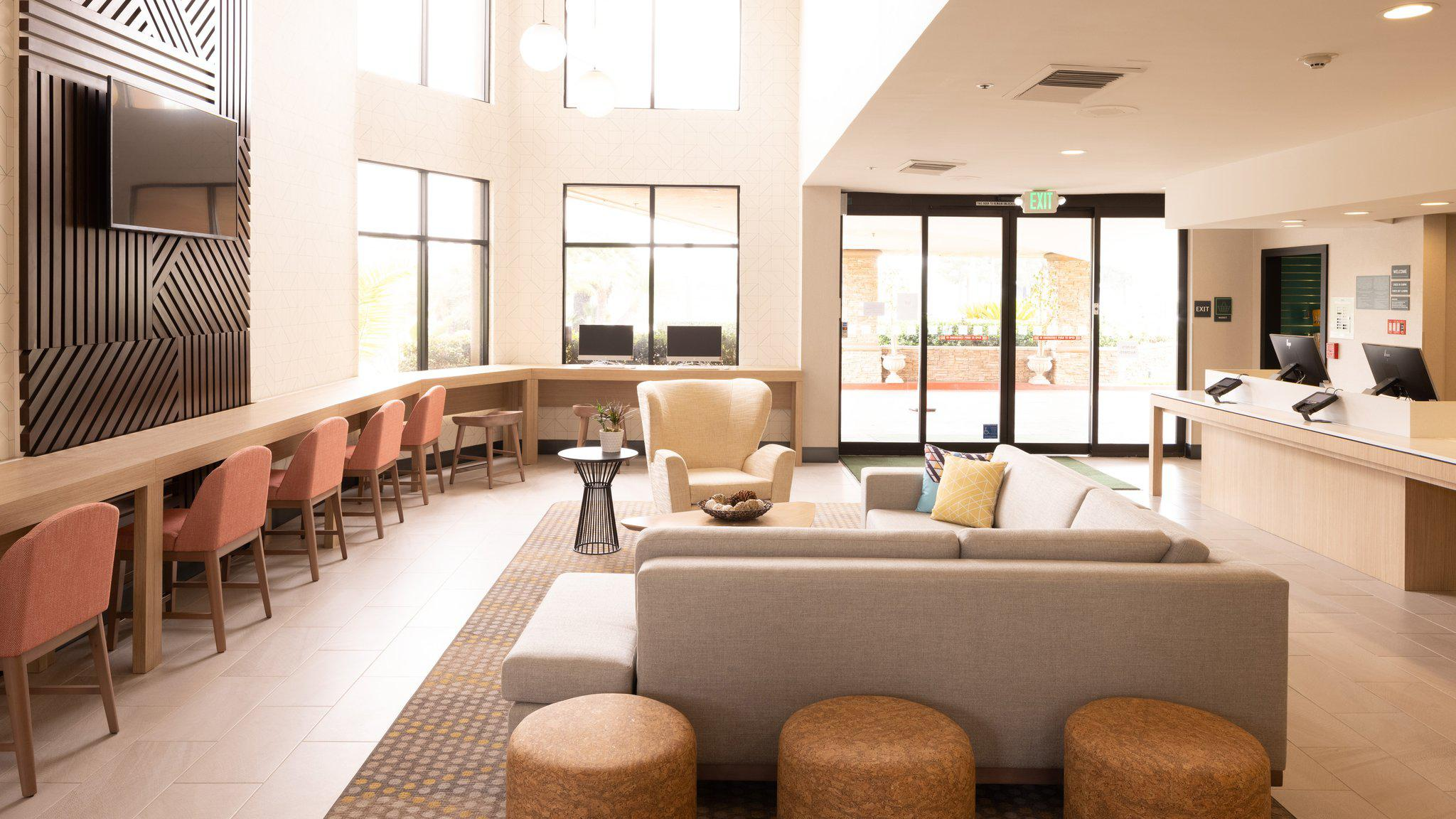 Holiday Inn Santa ANA-Orange Co. Arpt, an IHG Hotel