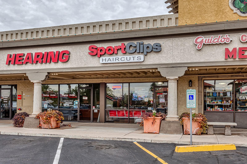 Sport Clips Haircuts of Scottsdale - Shea image 4