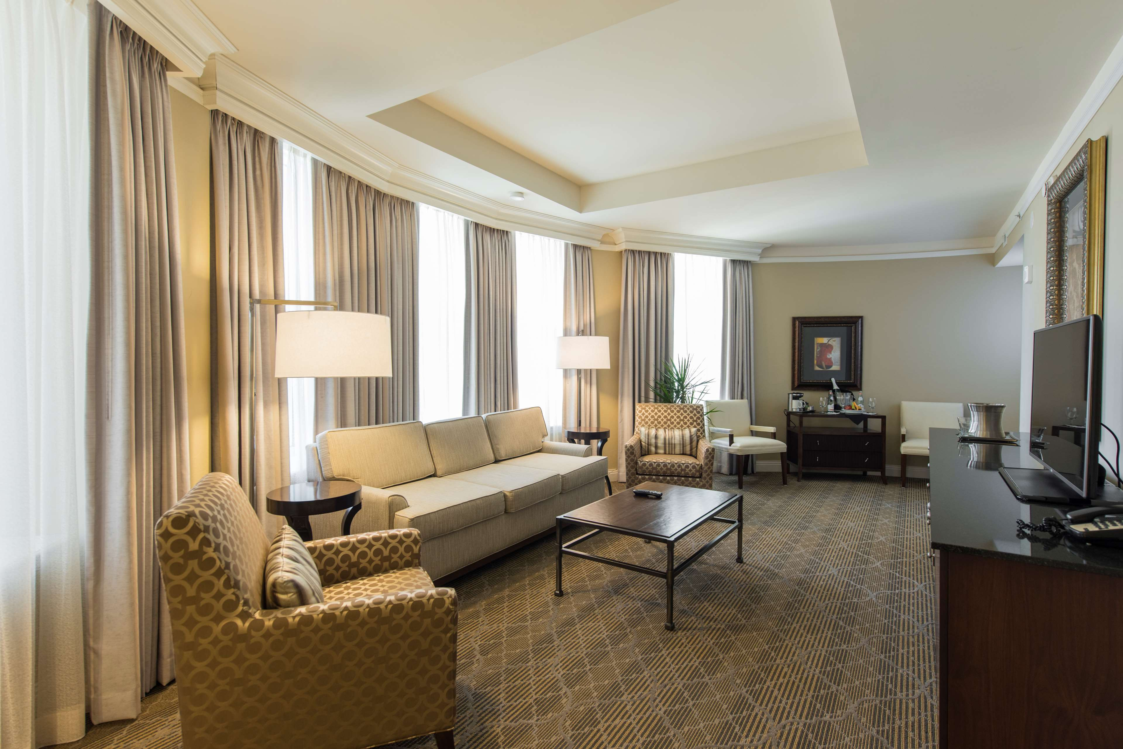 The Skirvin Hilton Oklahoma City image 7