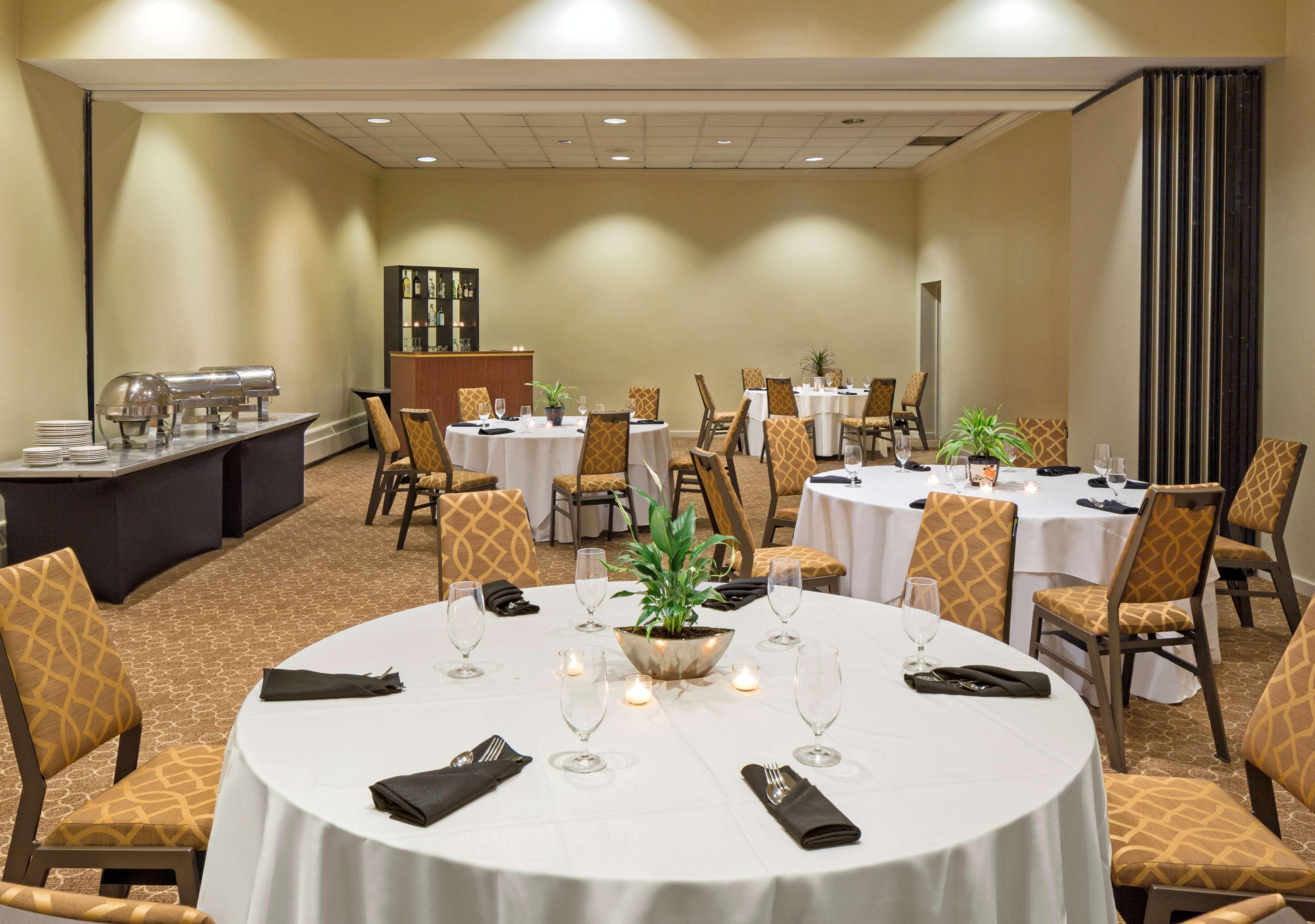 Sheraton Harrisburg Hershey Hotel image 17