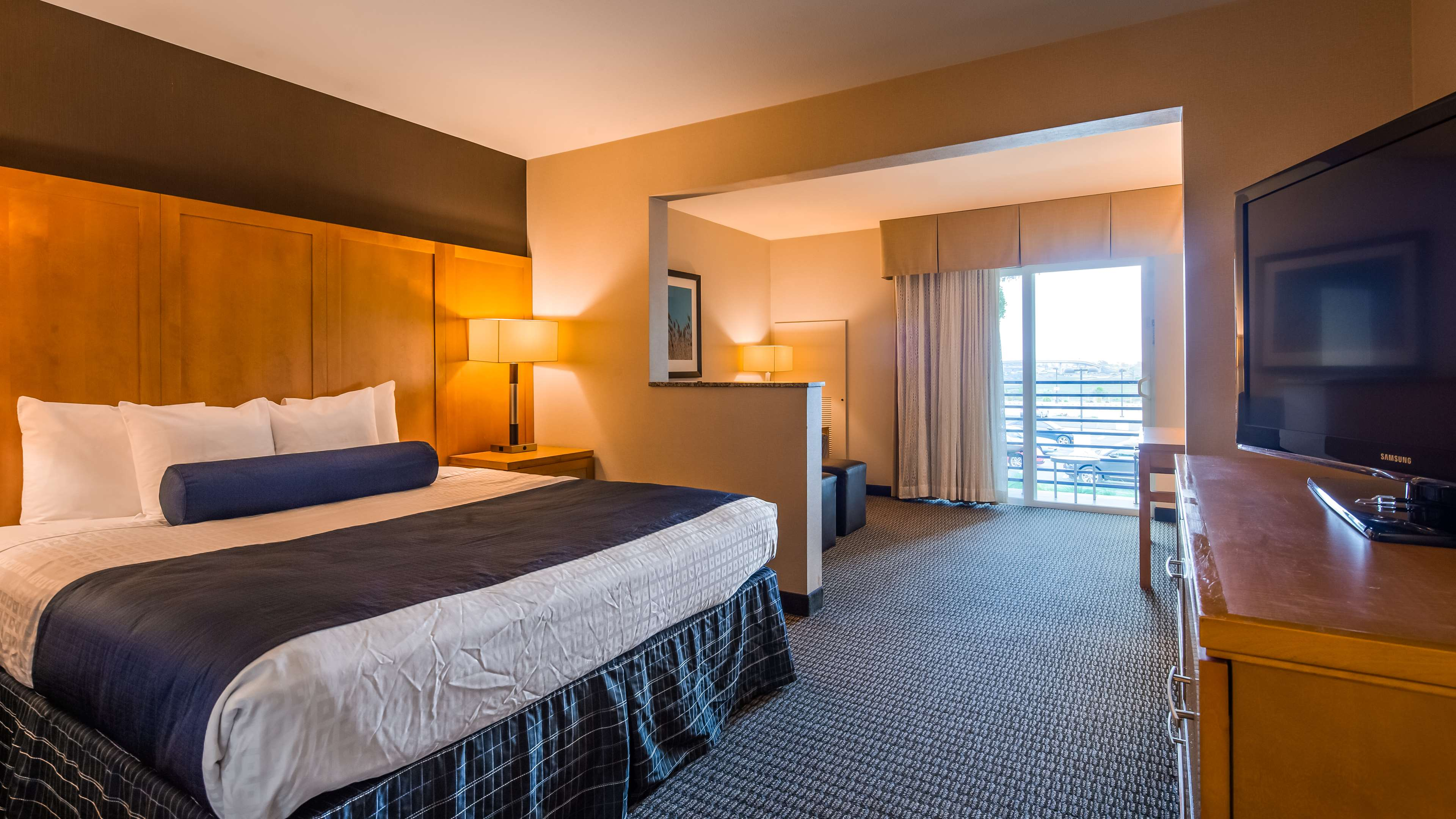 Best Western Plus Marina Gateway Hotel image 13