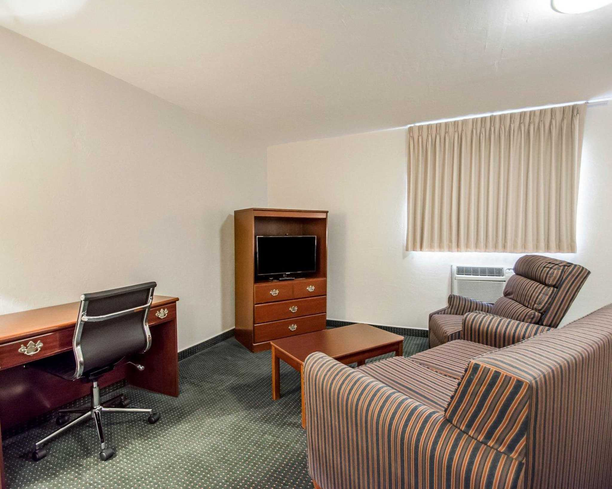 Suburban Extended Stay Hotel image 32