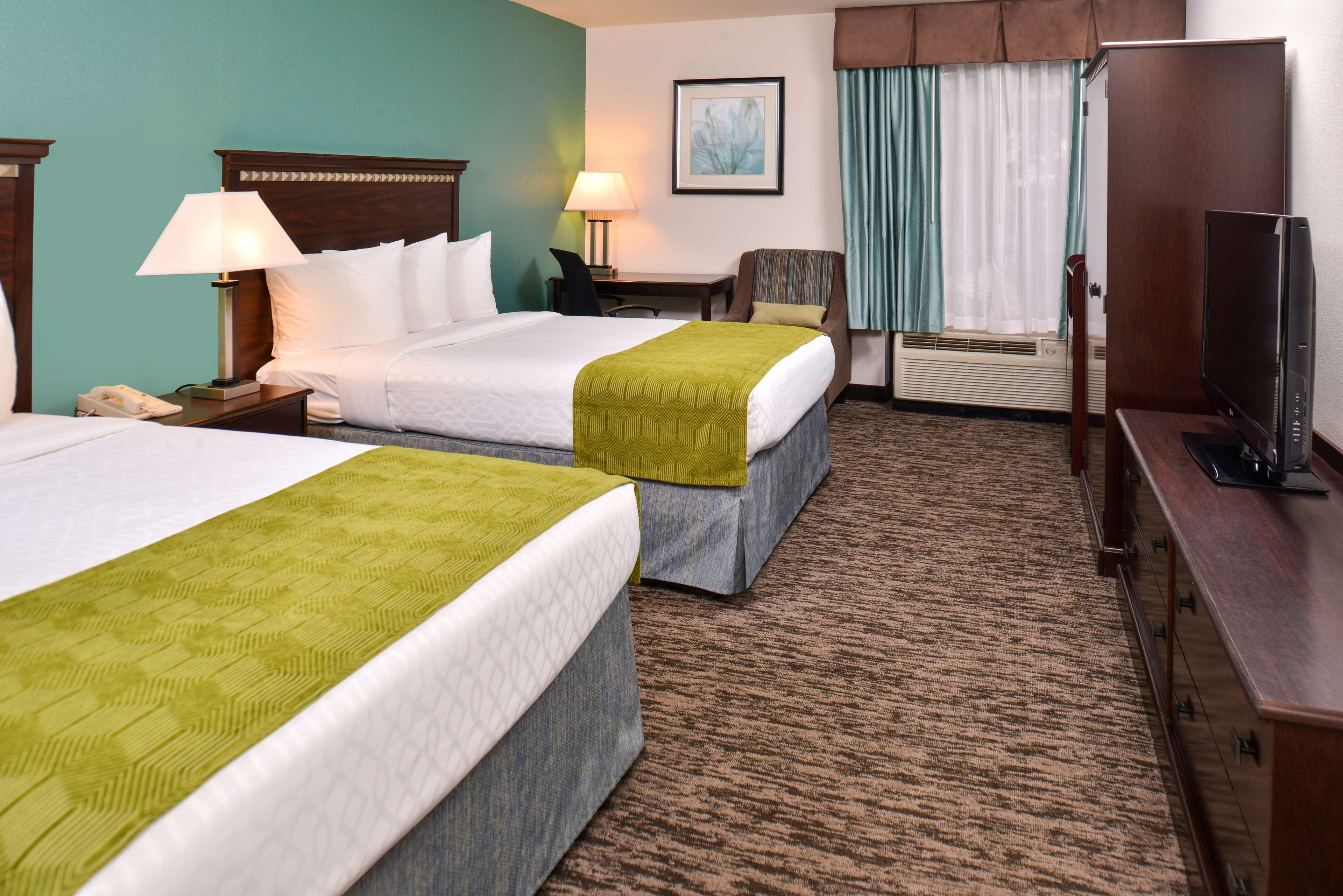 Best Western Plus Chicagoland - Countryside image 24