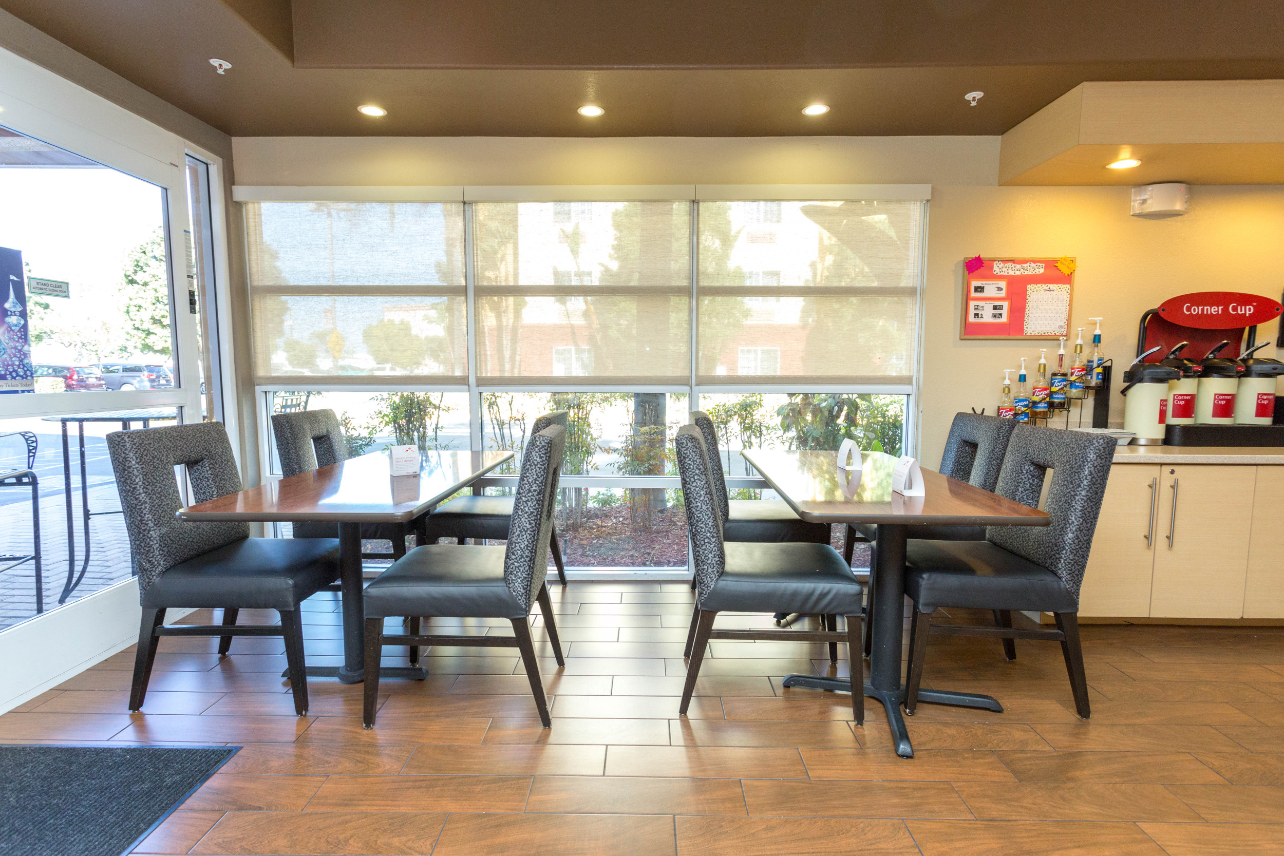 TownePlace Suites by Marriott Anaheim Maingate/Angel Field in Anaheim on bestnfil5d.ga and earn Rewards nights. Collect 10 nights get 1 free*. Read genuine guest reviews for TownePlace Suites by Marriott Anaheim Maingate/Angel Field/5().