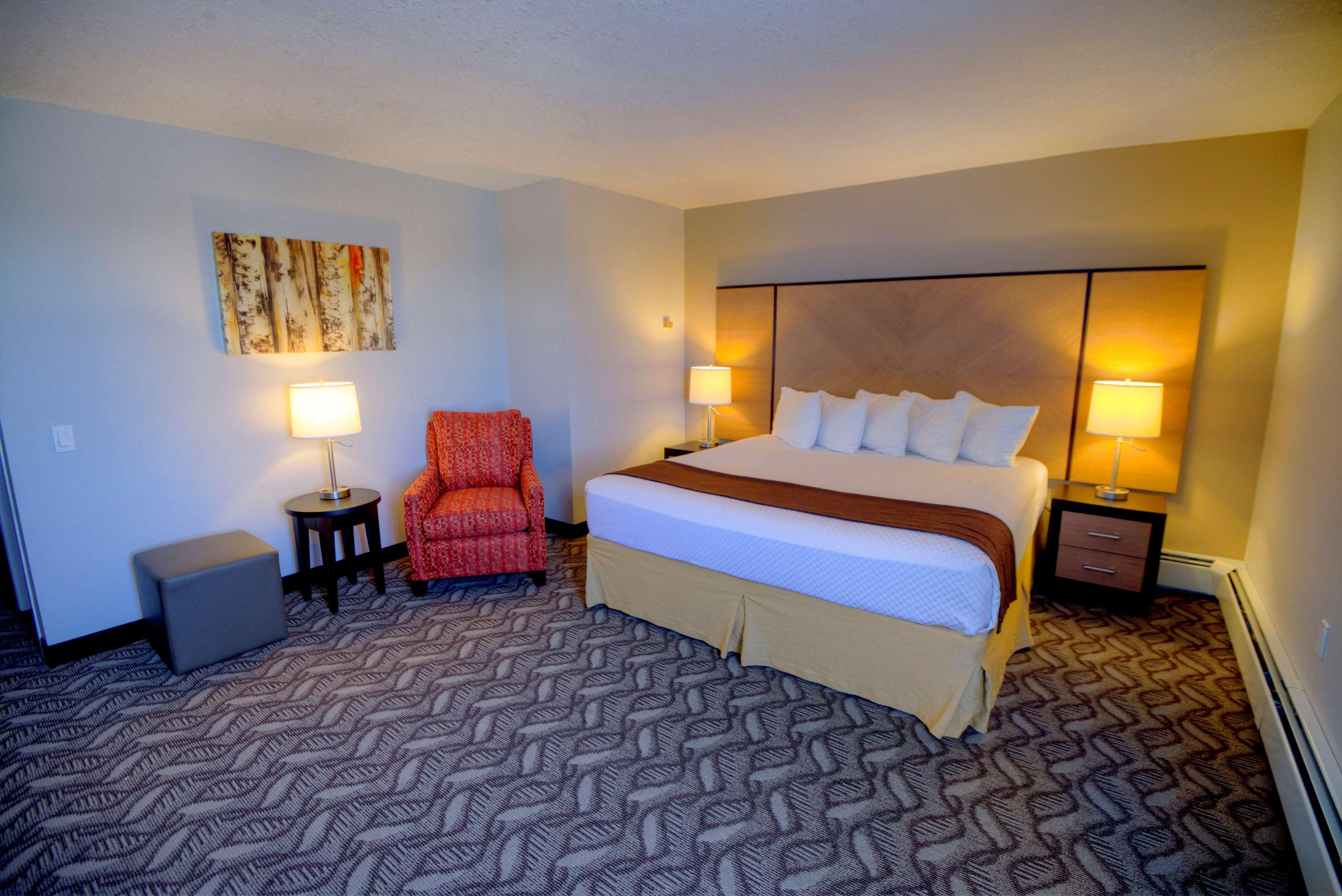 Best Western Airdrie in Airdrie: King Bed Guest Room