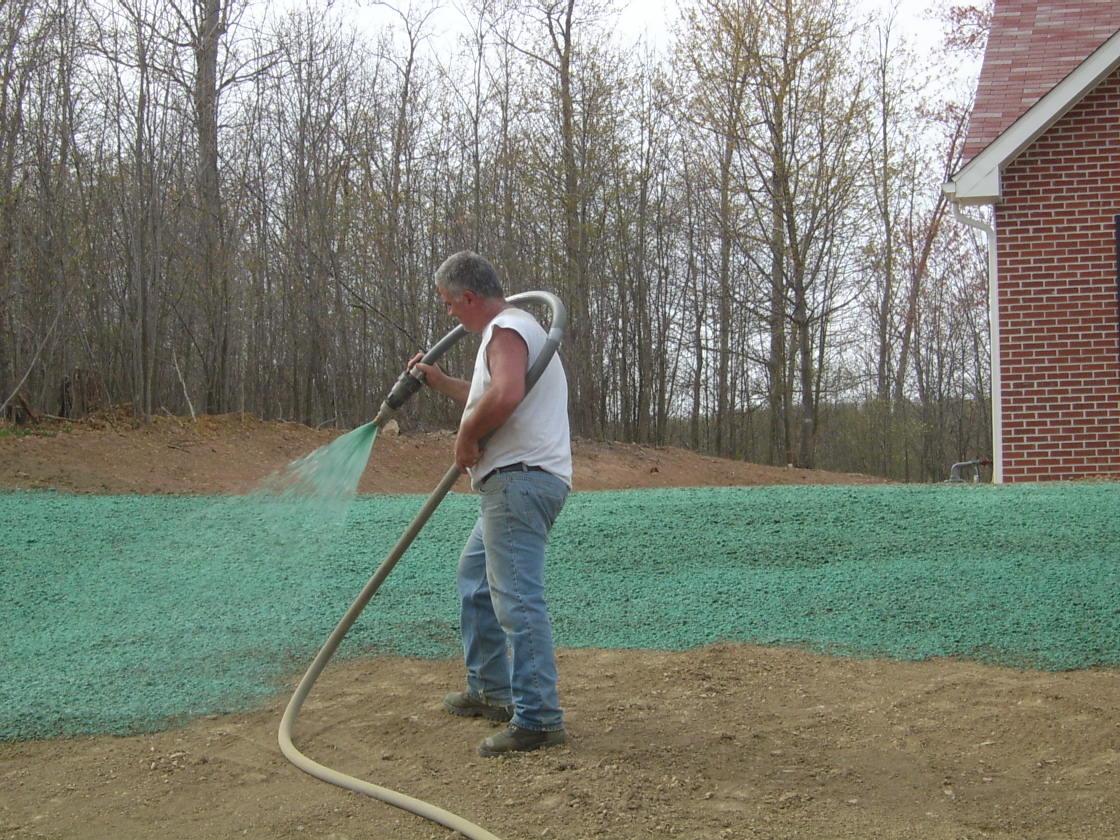 Bobcat Landscaping Service image 1