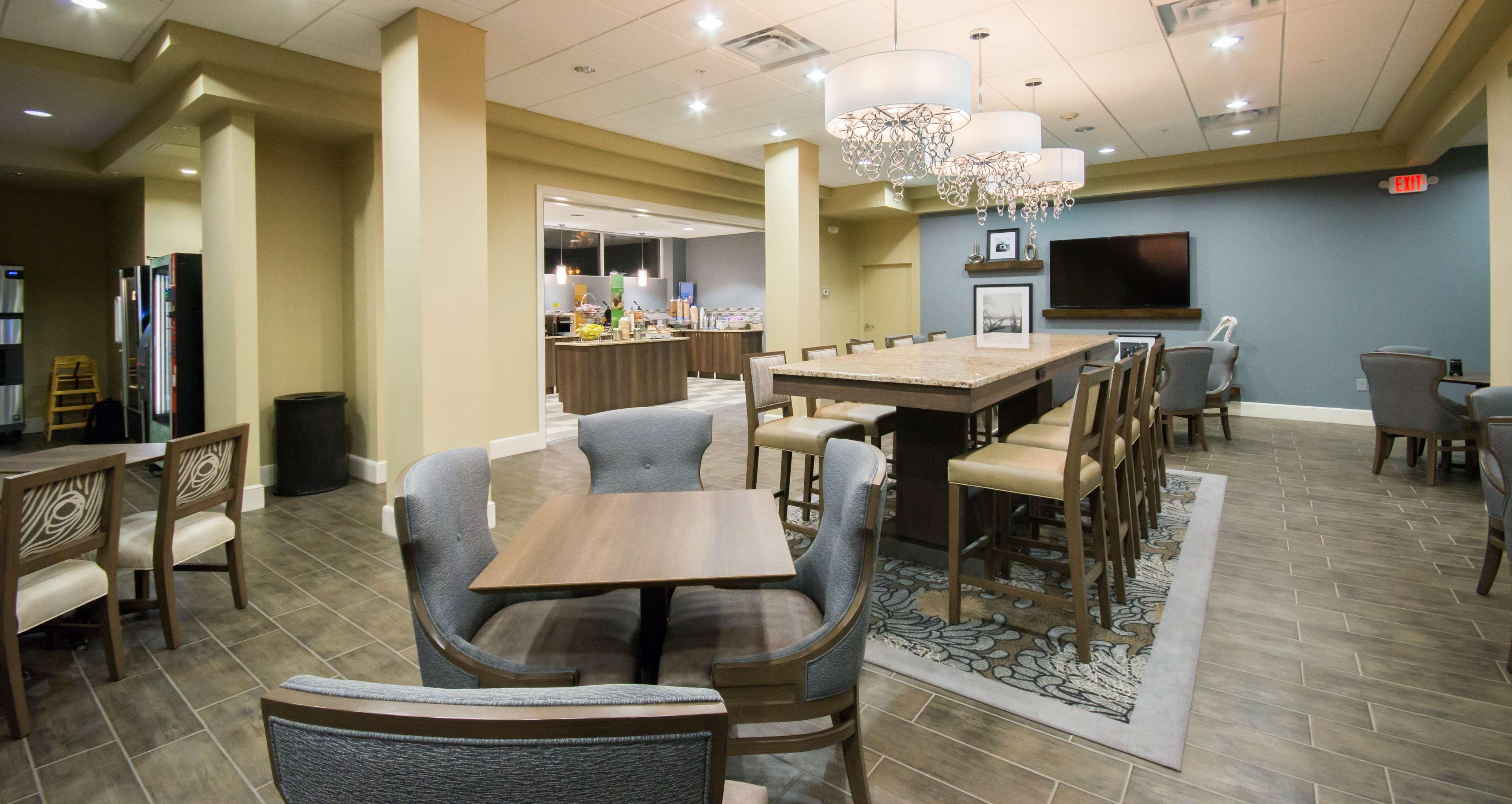 Hampton Inn Daytona Shores-Oceanfront image 8