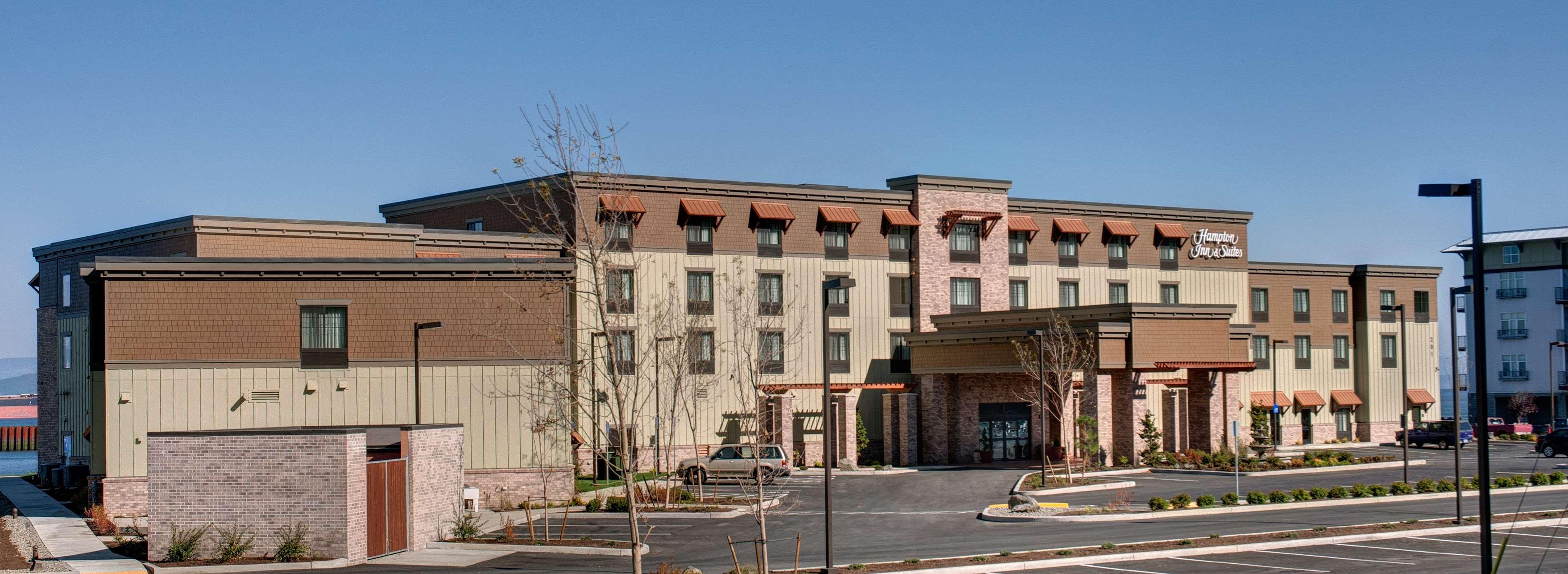 Hampton Inn & Suites Astoria image 3