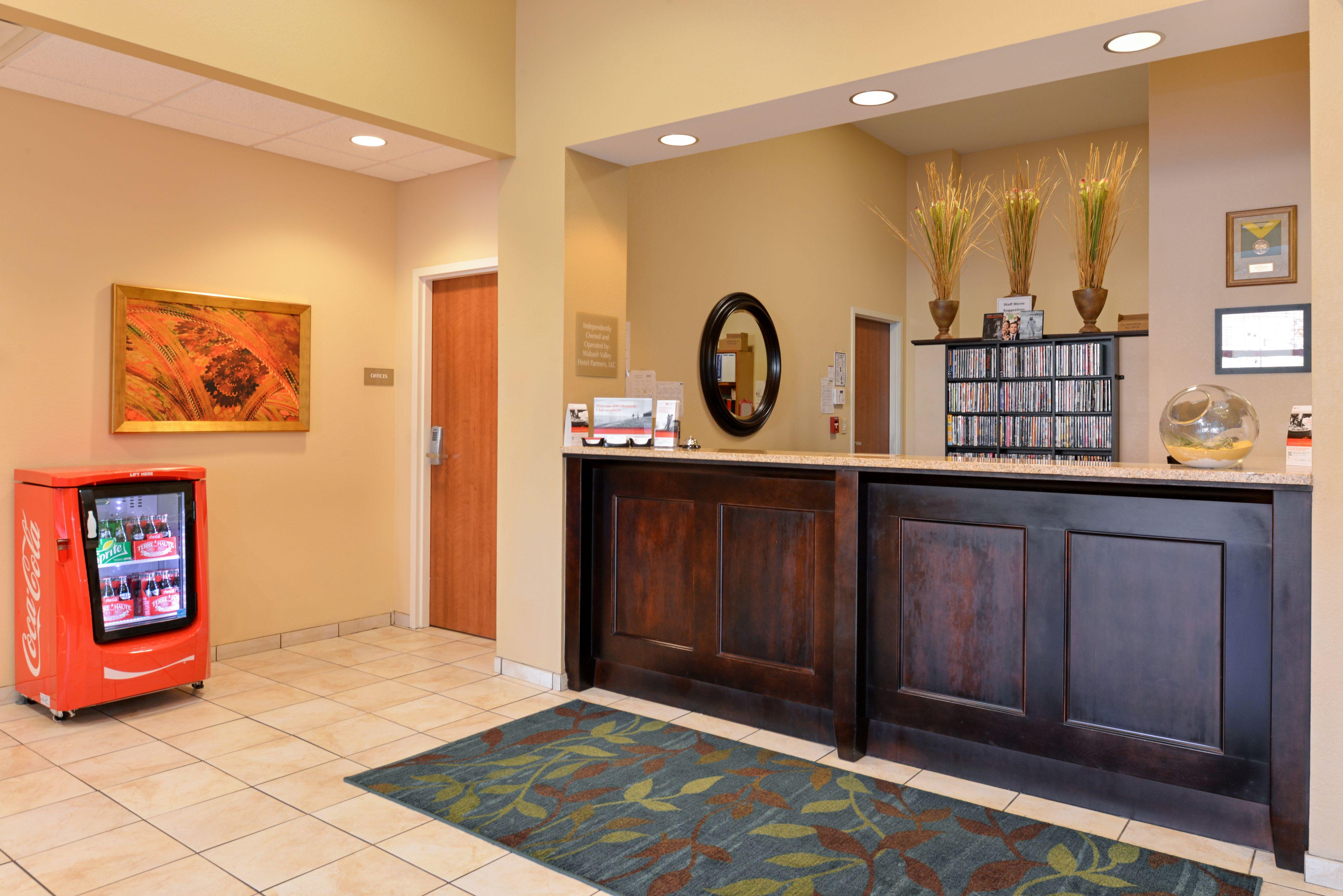 Candlewood Suites Terre Haute image 6
