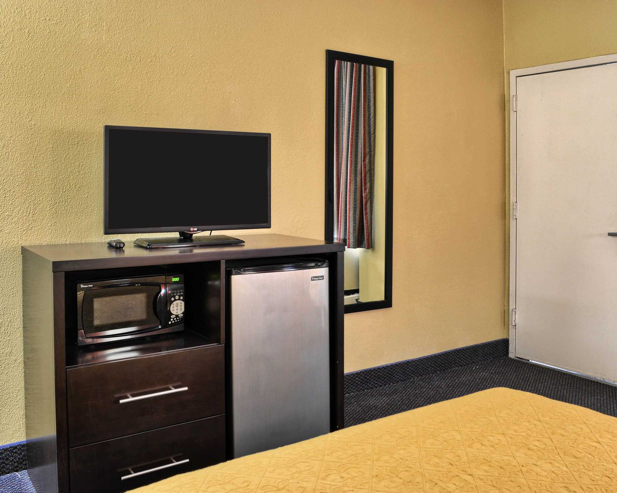 Quality Inn Fredericksburg, Central Park Area image 14