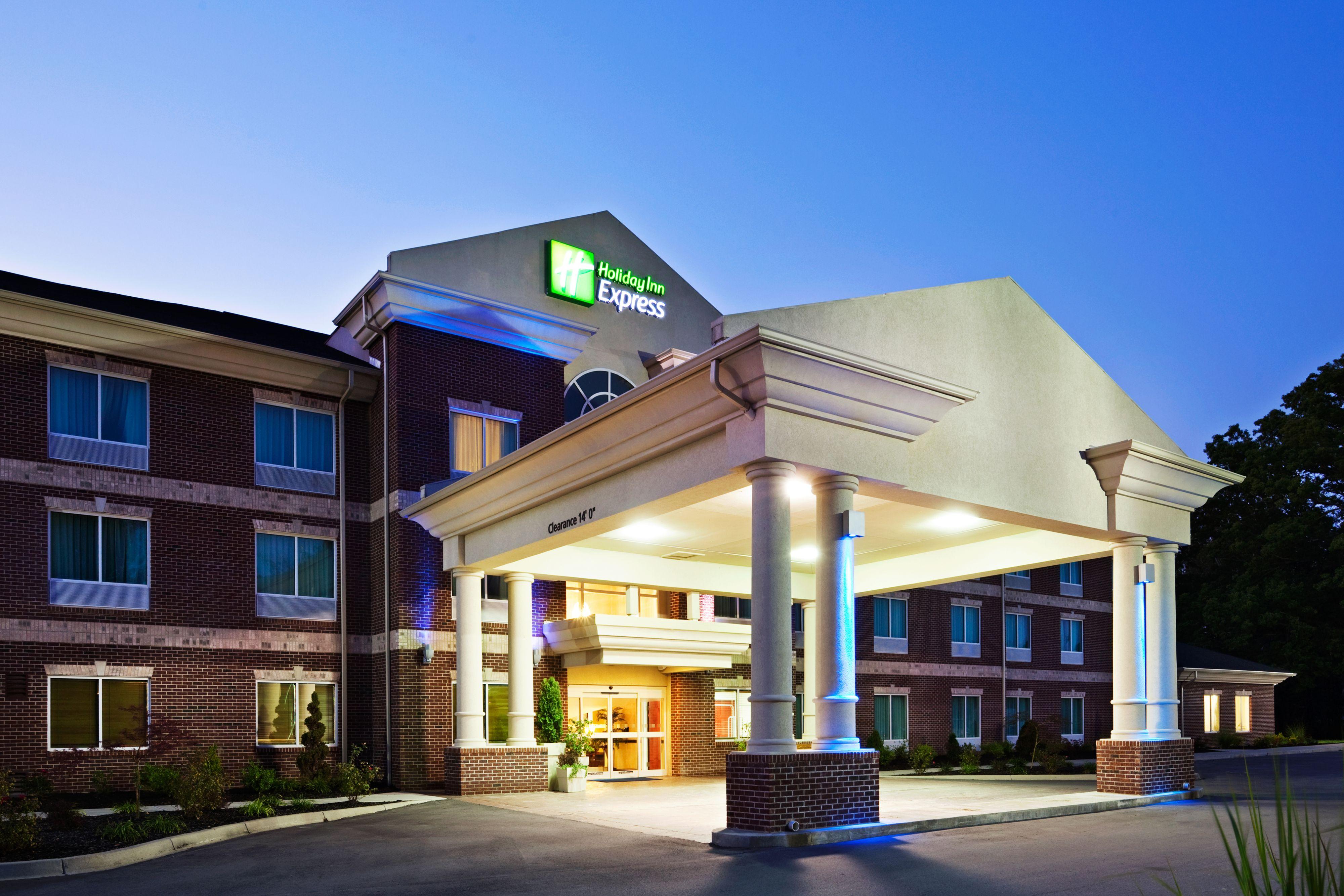 Holiday Inn Express & Suites Carpinteria image 5