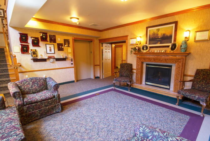 River Woods Place image 4