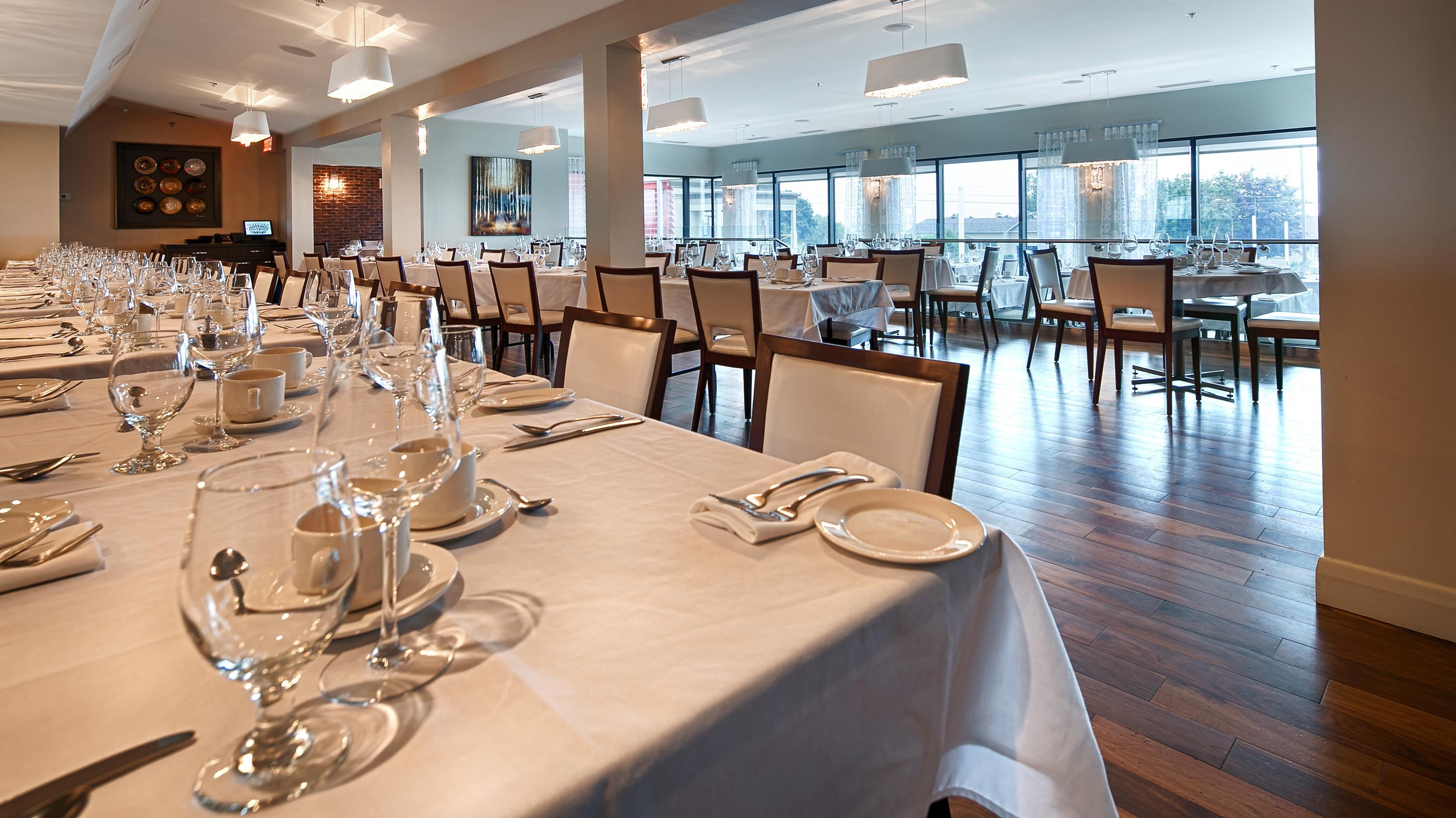 Best Western Plus Hotel Levesque à Riviere-du-Loup: La Griffe Dining