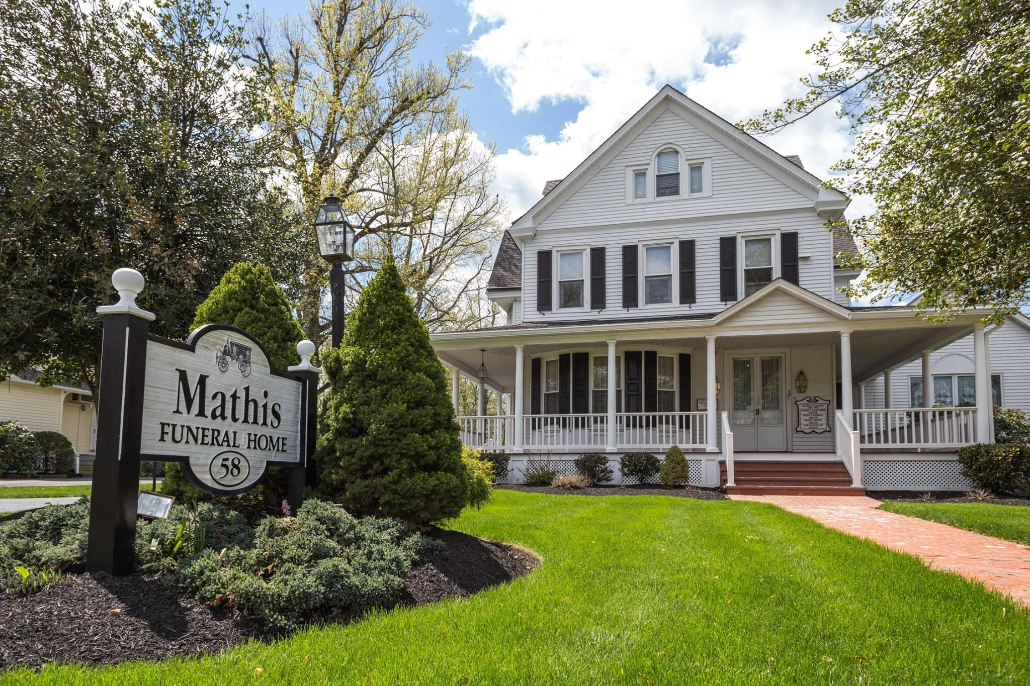 Mathis Funeral Home image 1