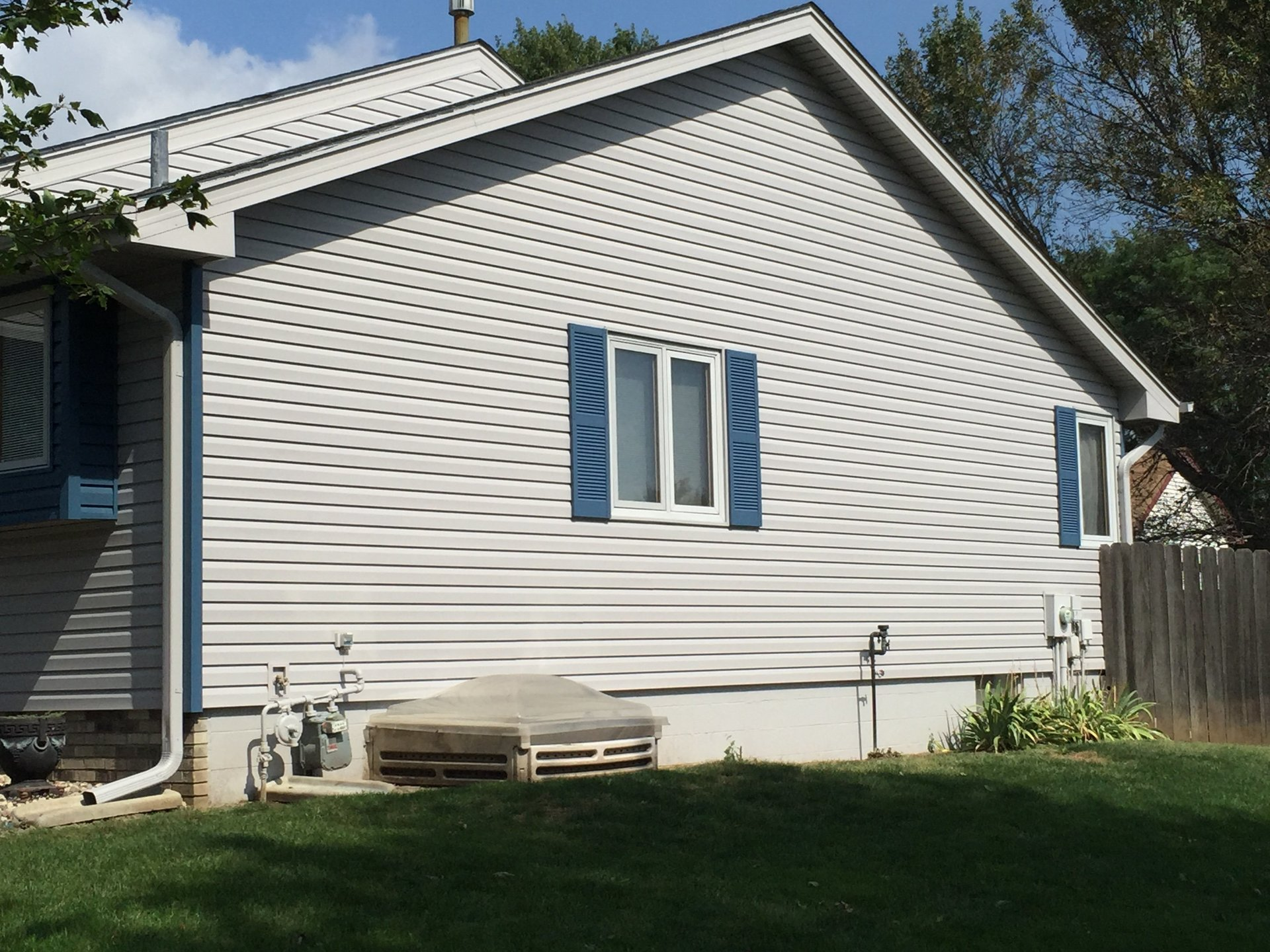 Monarch Siding, Windows & Roofing Inc image 2