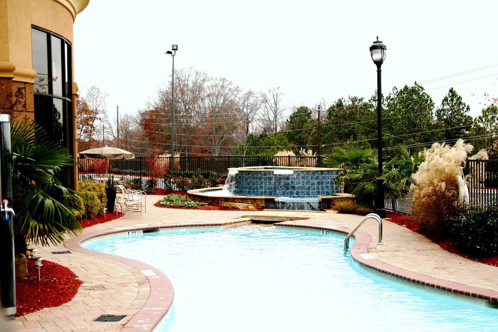 Hampton Inn & Suites ATL-Six Flags image 3