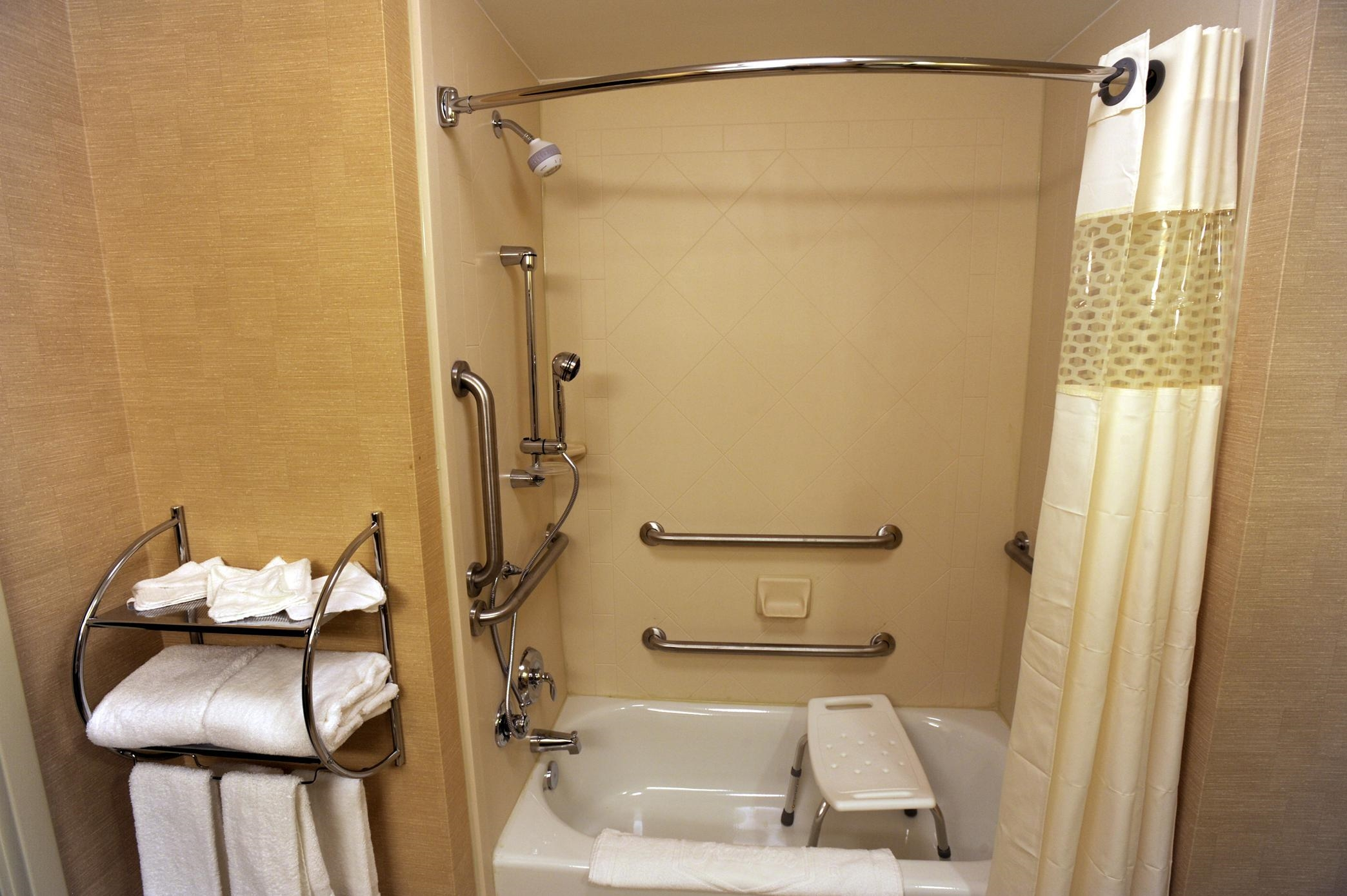 Hampton Inn & Suites Chadds Ford image 15