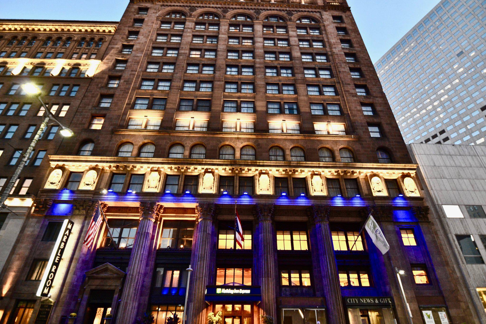 Holiday Inn Express Cleveland Downtown, an IHG Hotel