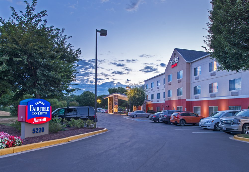 Fairfield Inn & Suites by Marriott Frederick image 0