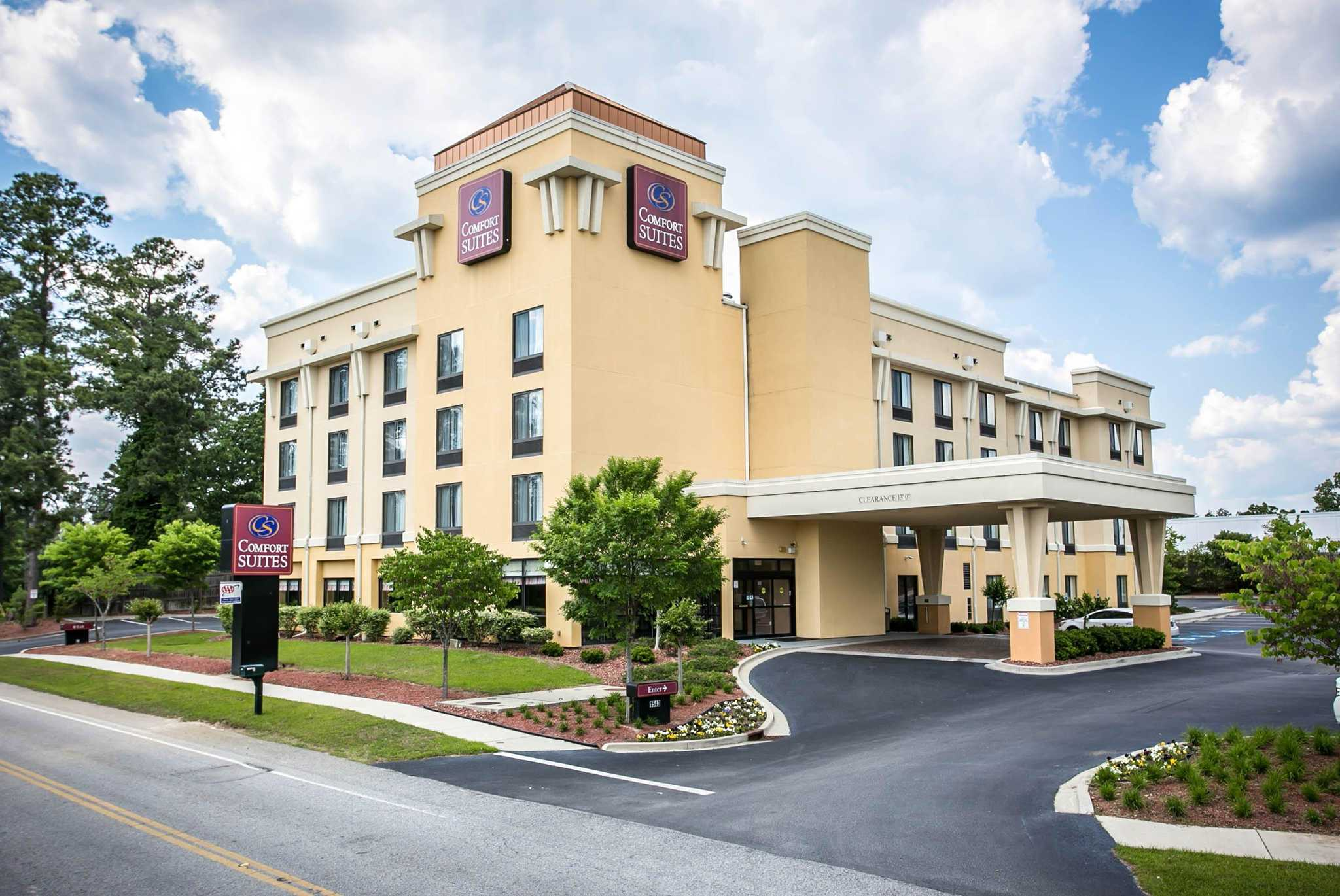 Comfort Suites Columbia Sc Business Page