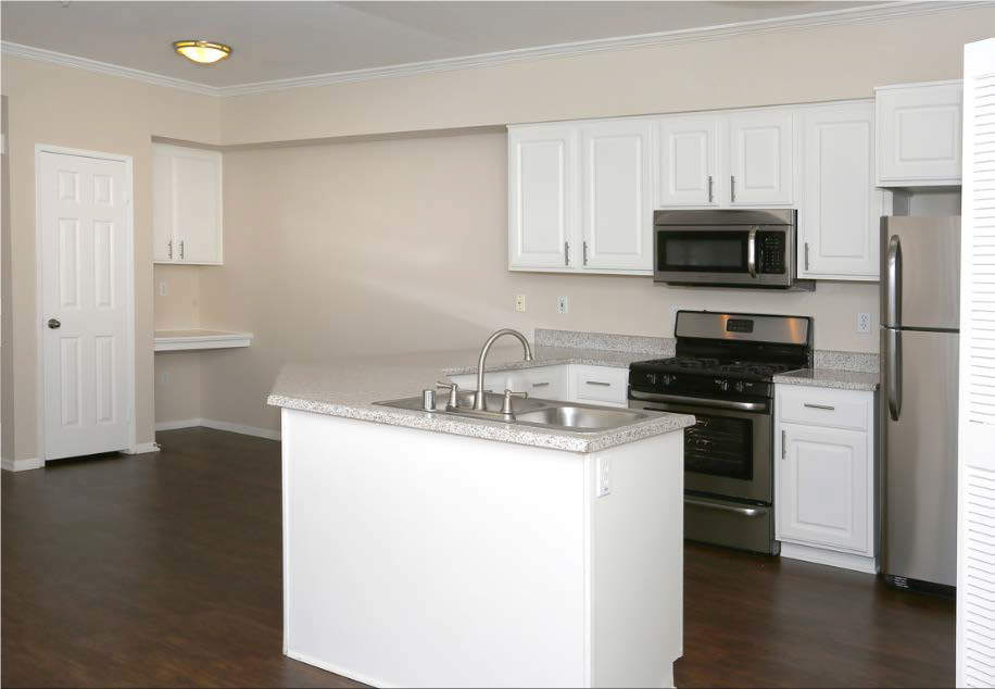 Estancia Apartment Homes image 9