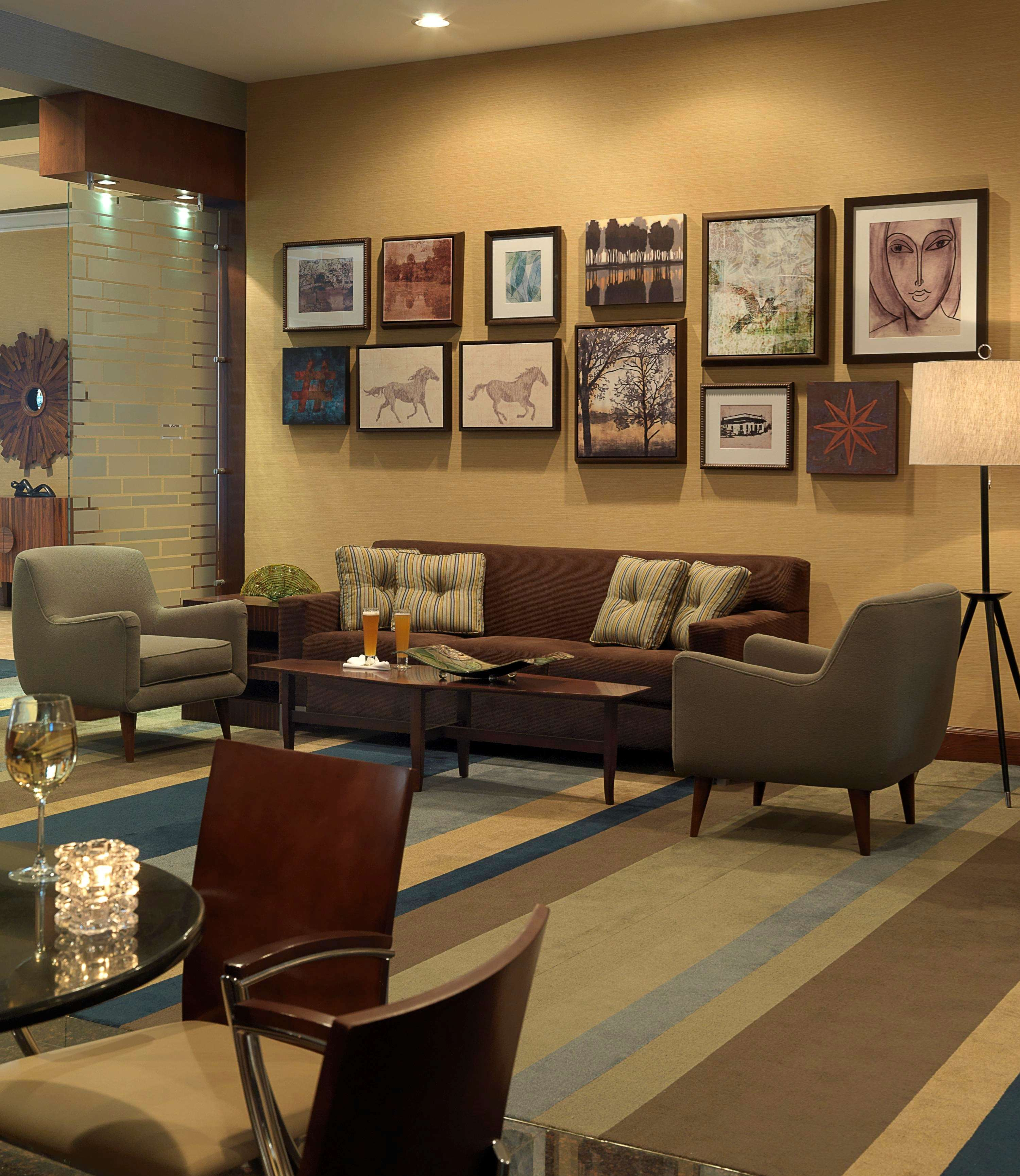 DoubleTree by Hilton Hotel Collinsville - St. Louis image 3