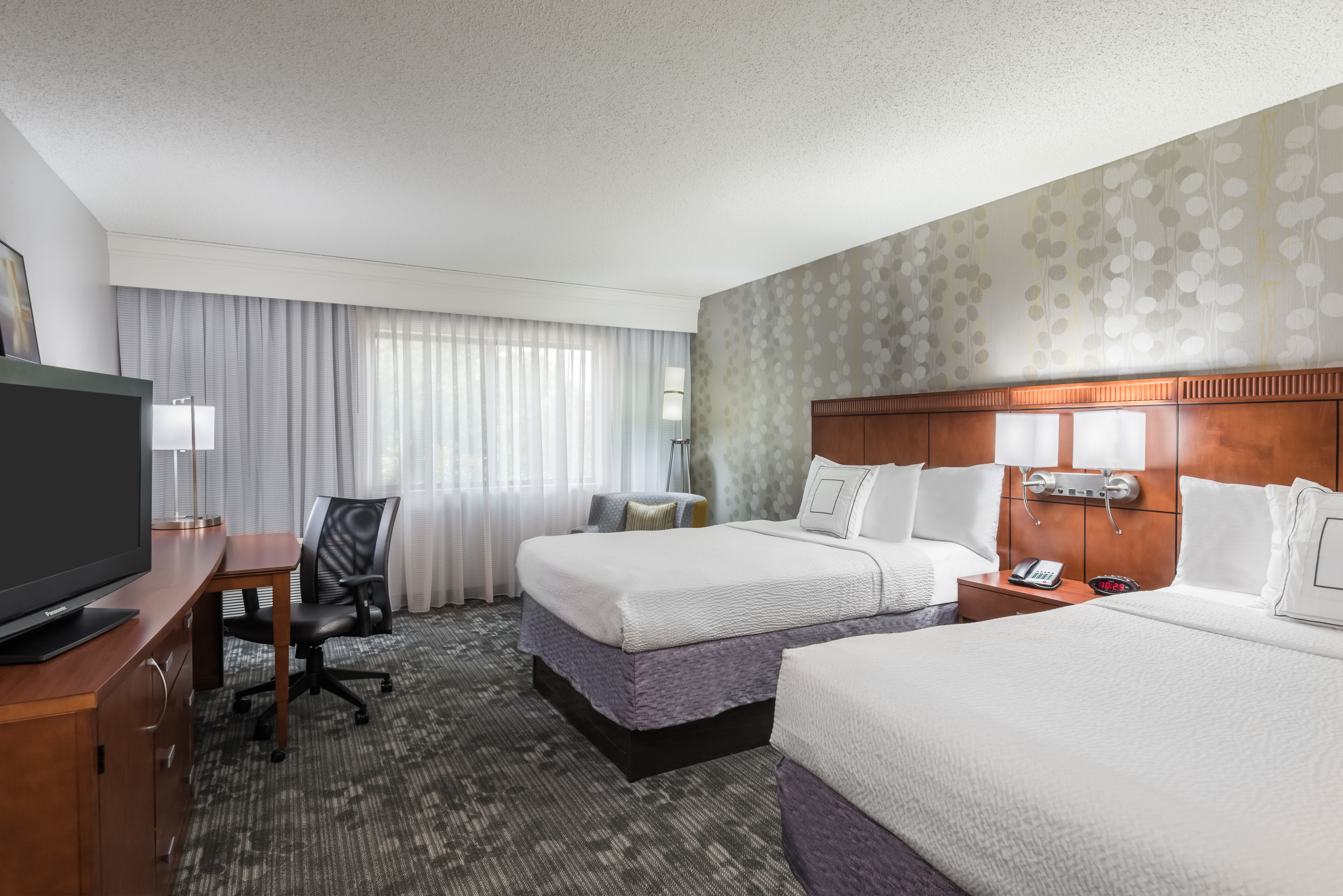 Courtyard by Marriott Mobile image 5