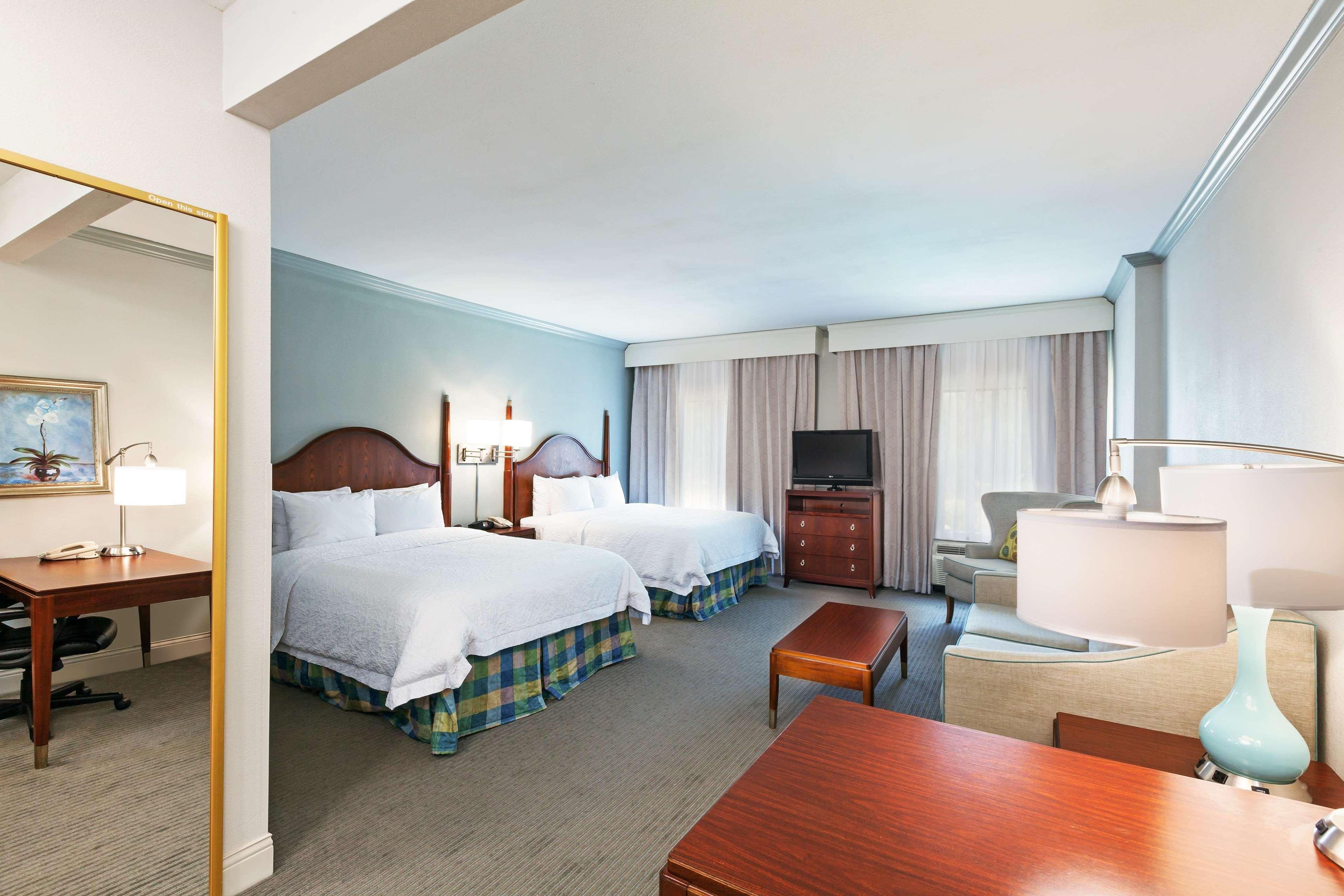 Hampton Inn & Suites Houston-Westchase image 28
