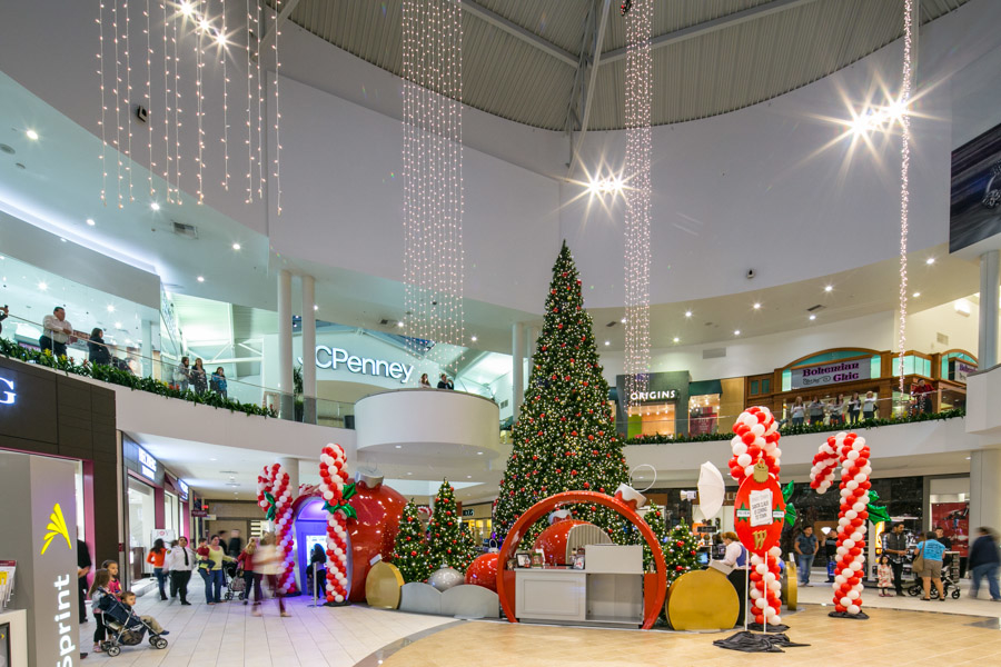 Westfield Galleria at Roseville image 3