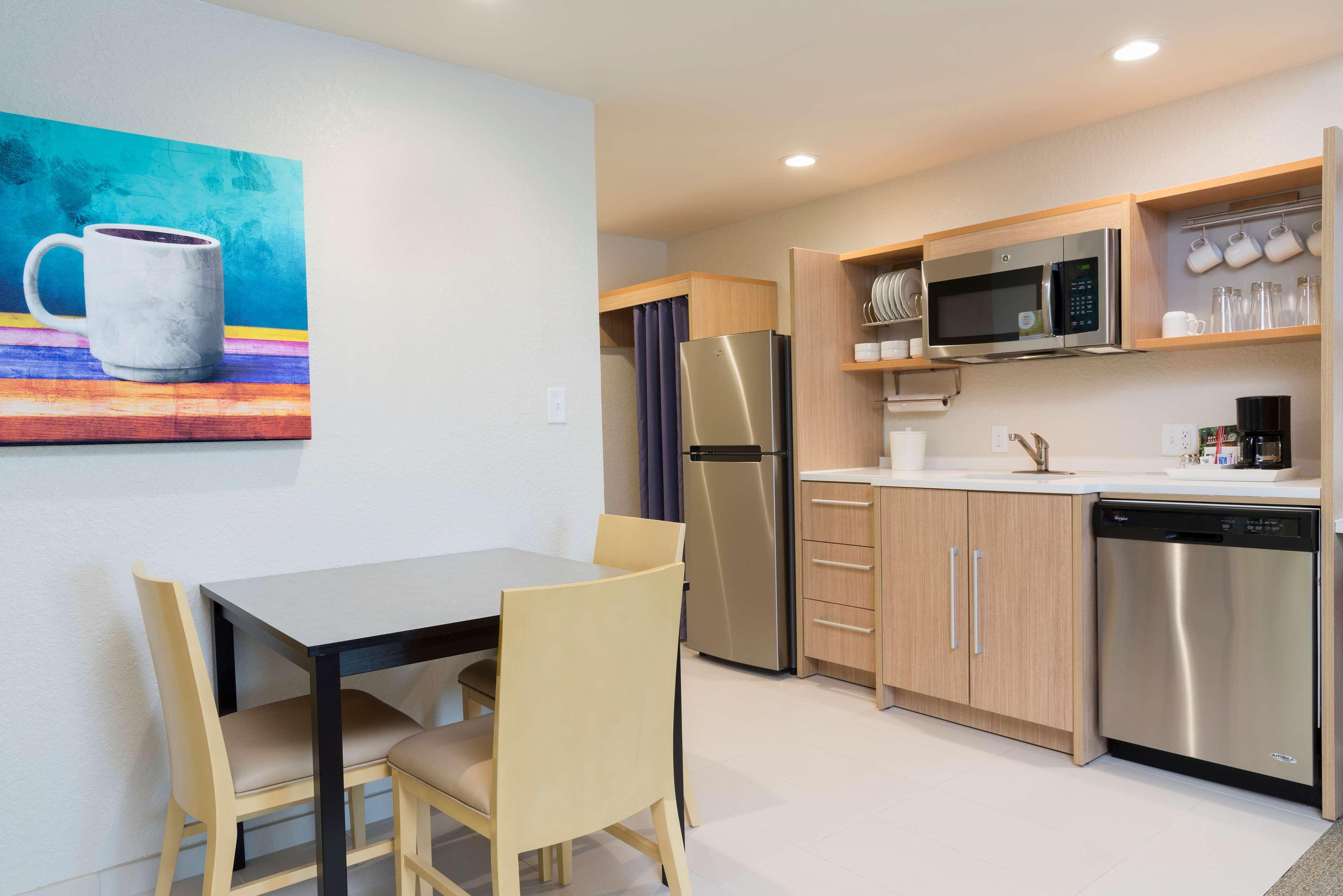 Home2 Suites by Hilton Nokomis Sarasota Casey Key image 17