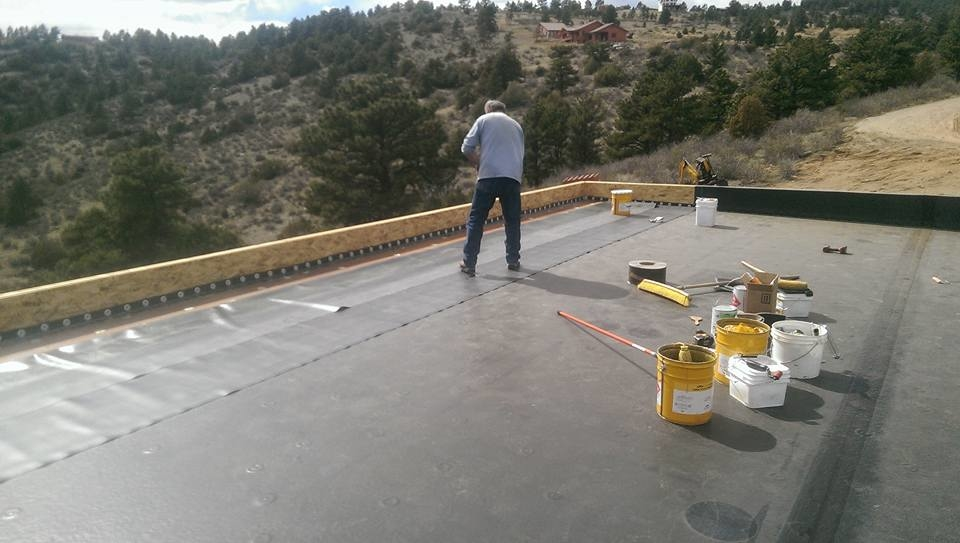 RKG Roofing LLC image 1