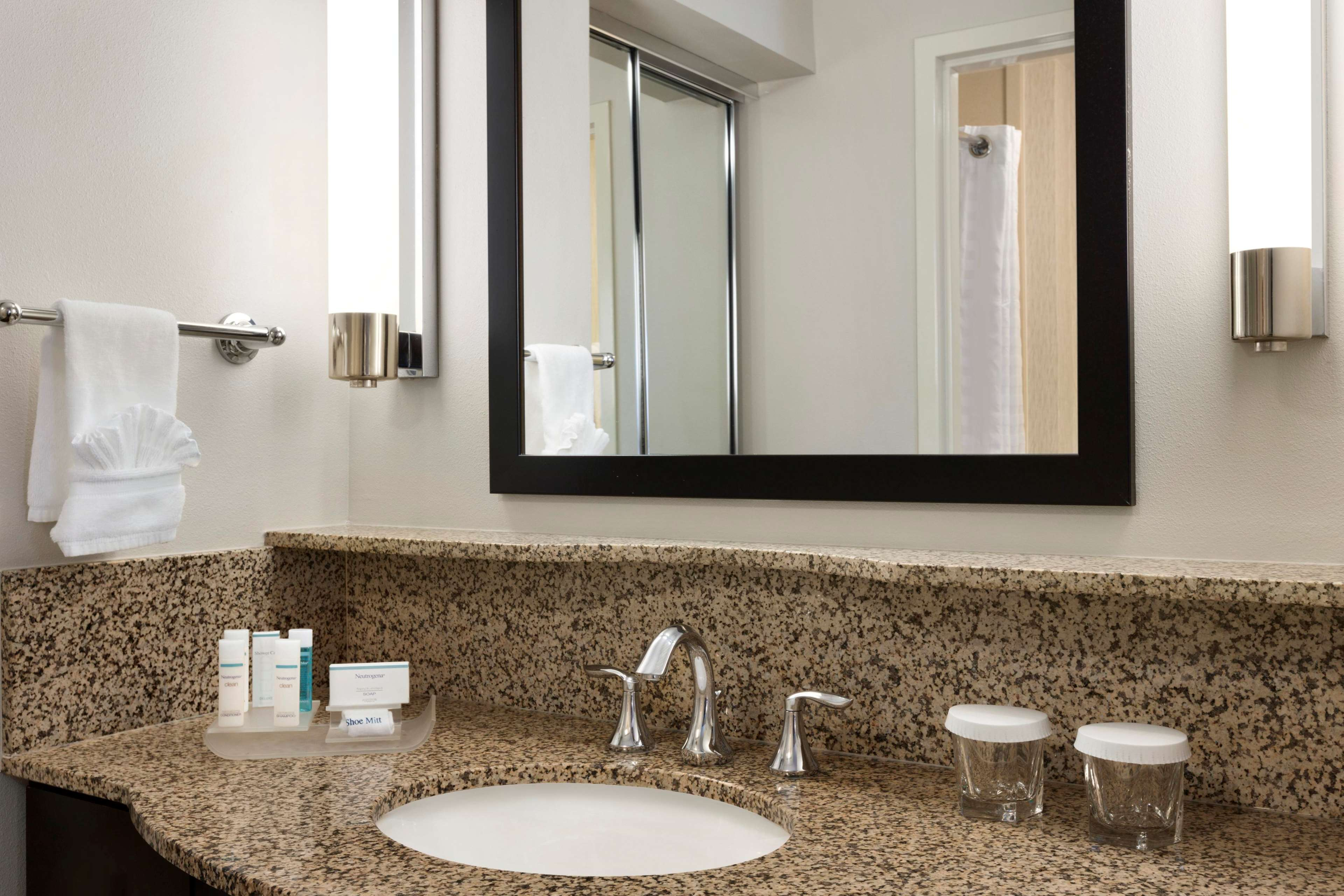 Homewood Suites by Hilton Plano-Richardson image 15