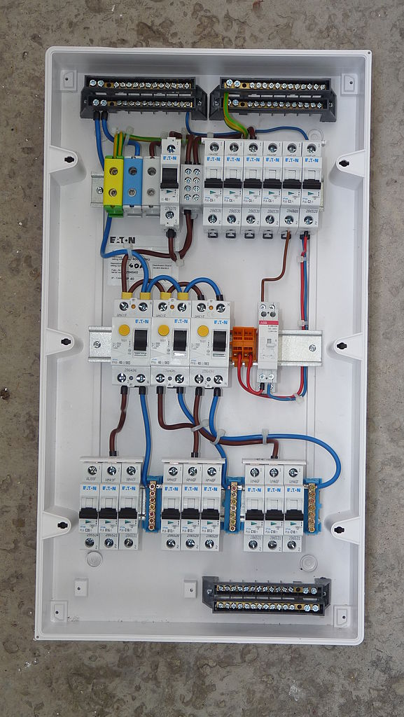 Rode Electrical Contracting, LLC image 2