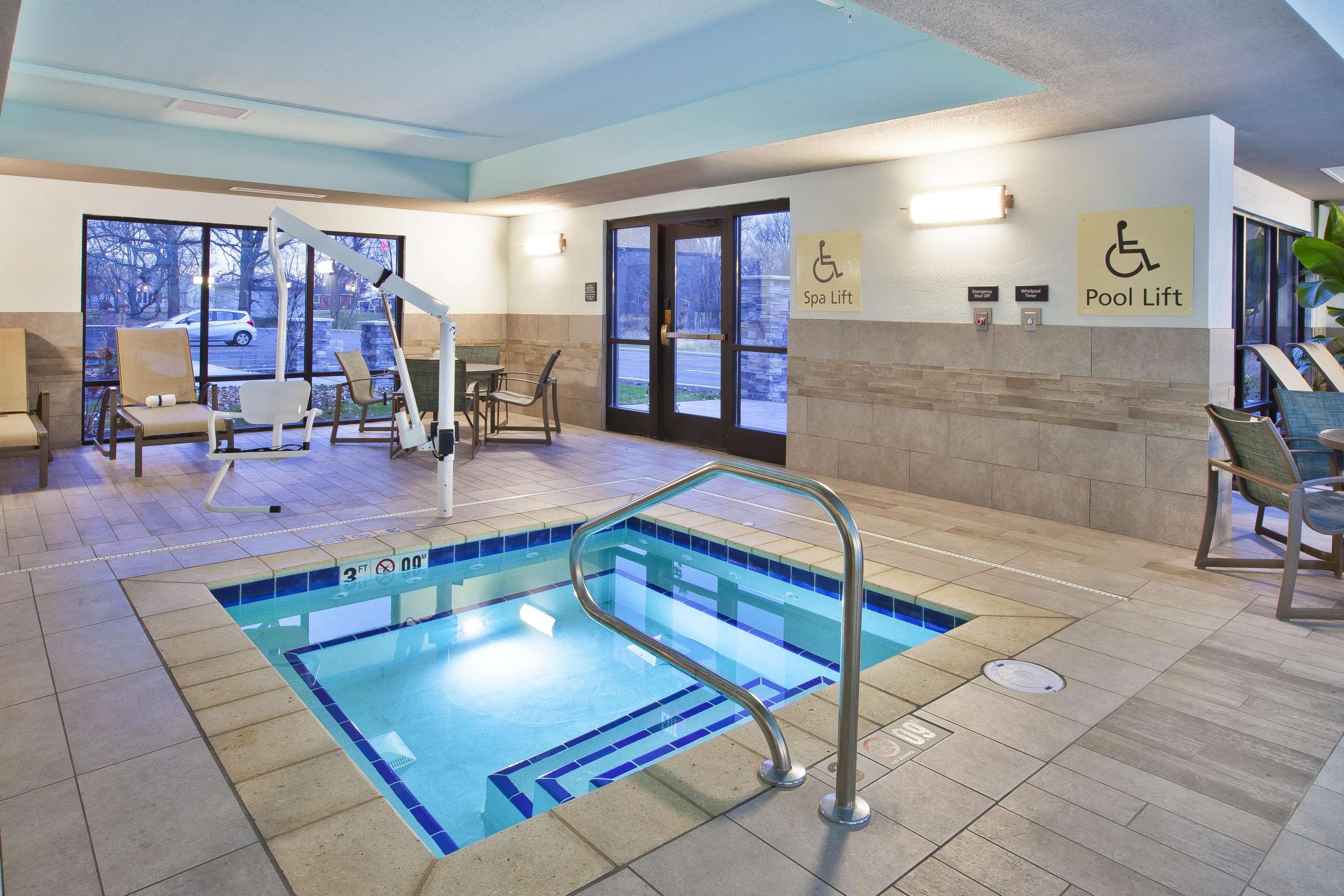 Hampton Inn & Suites Alliance image 20