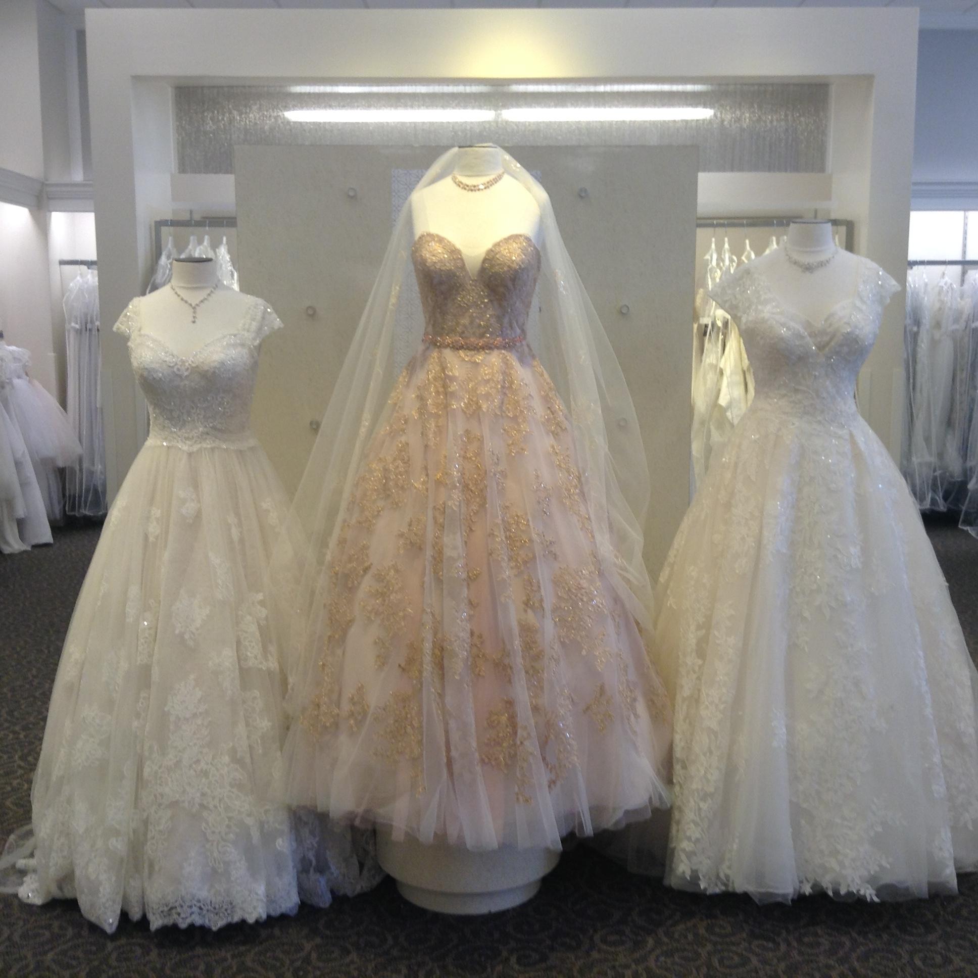 David 39 s bridal at 6155 eastex freeway suite d 430 for Wedding dresses beaumont tx