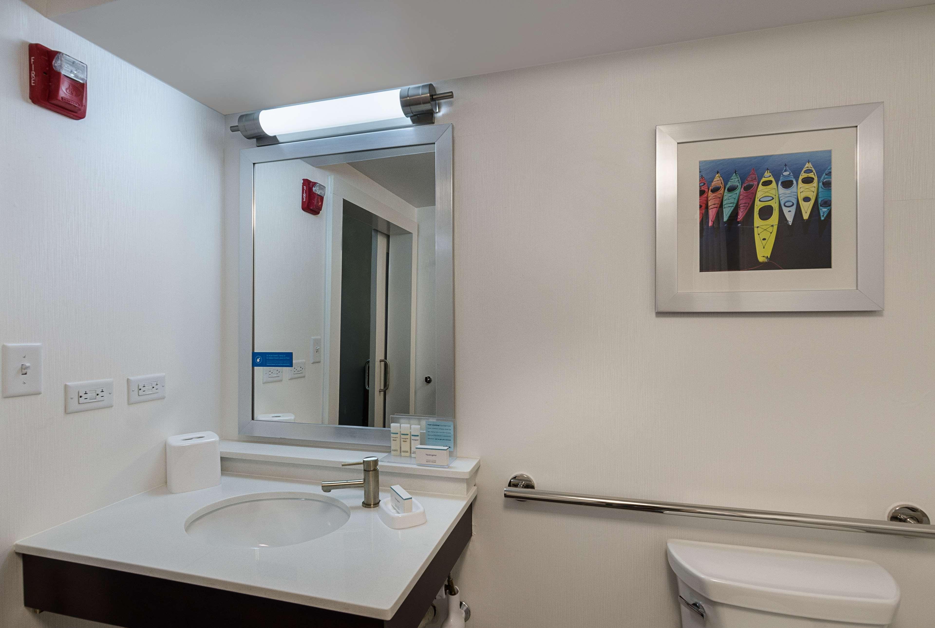 Hampton Inn Covington image 29