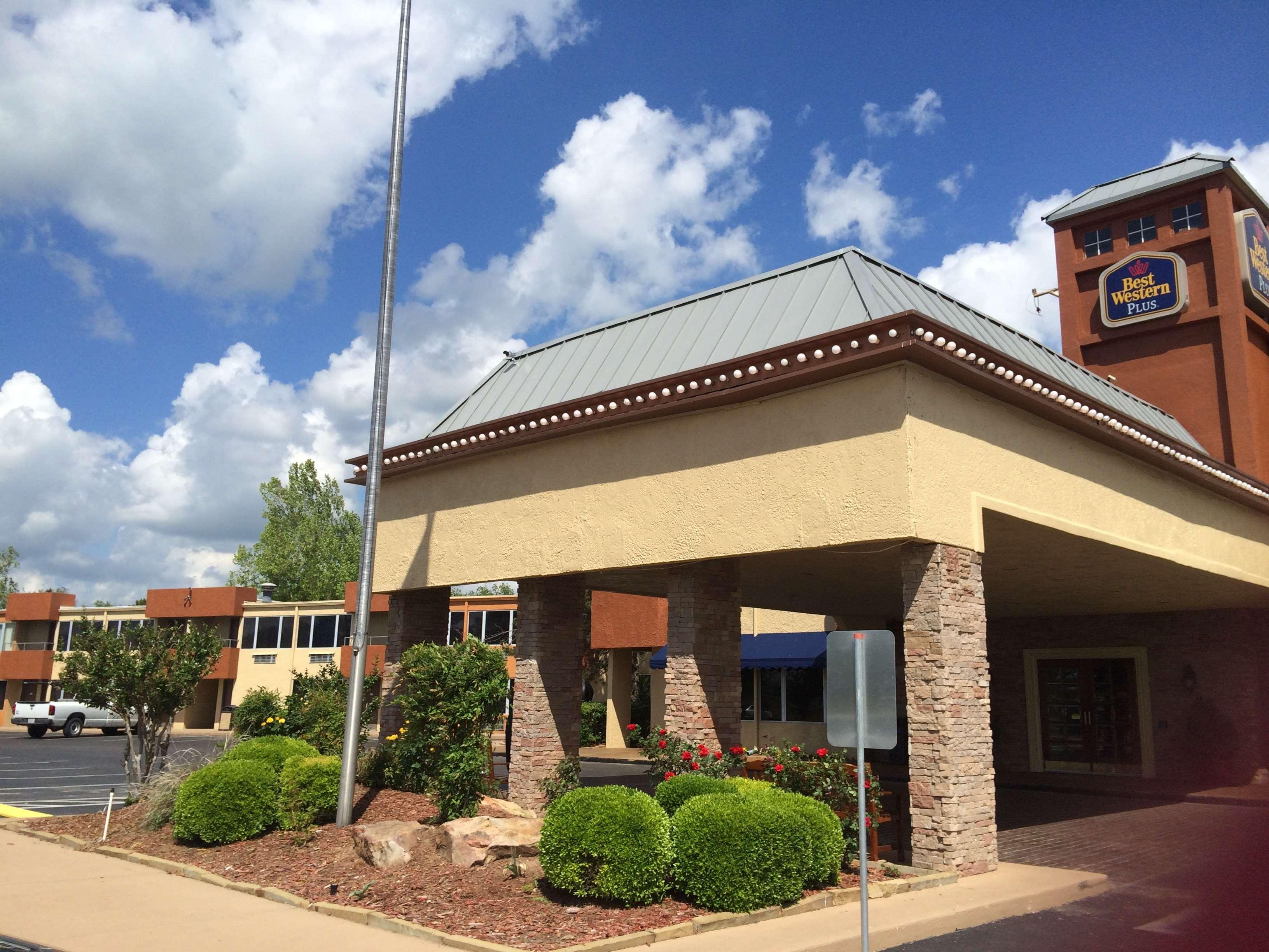 Best Western Plus Lawton Hotel & Convention Center image 32