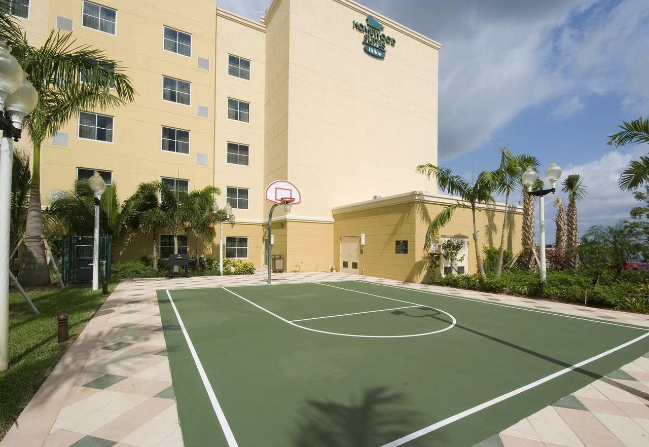 Homewood Suites by Hilton Miami - Airport West image 9