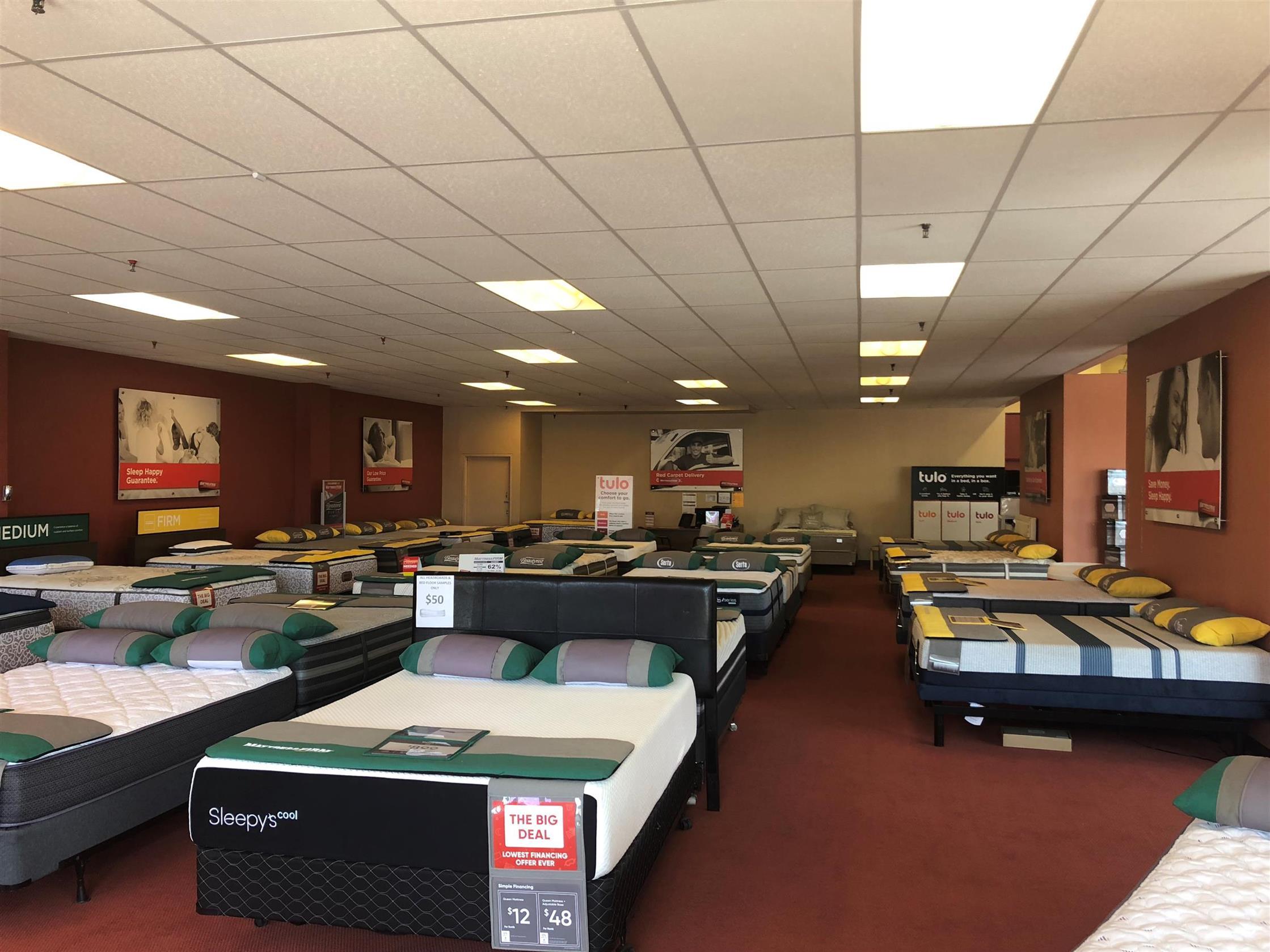 Mattress Firm Long Island City image 4