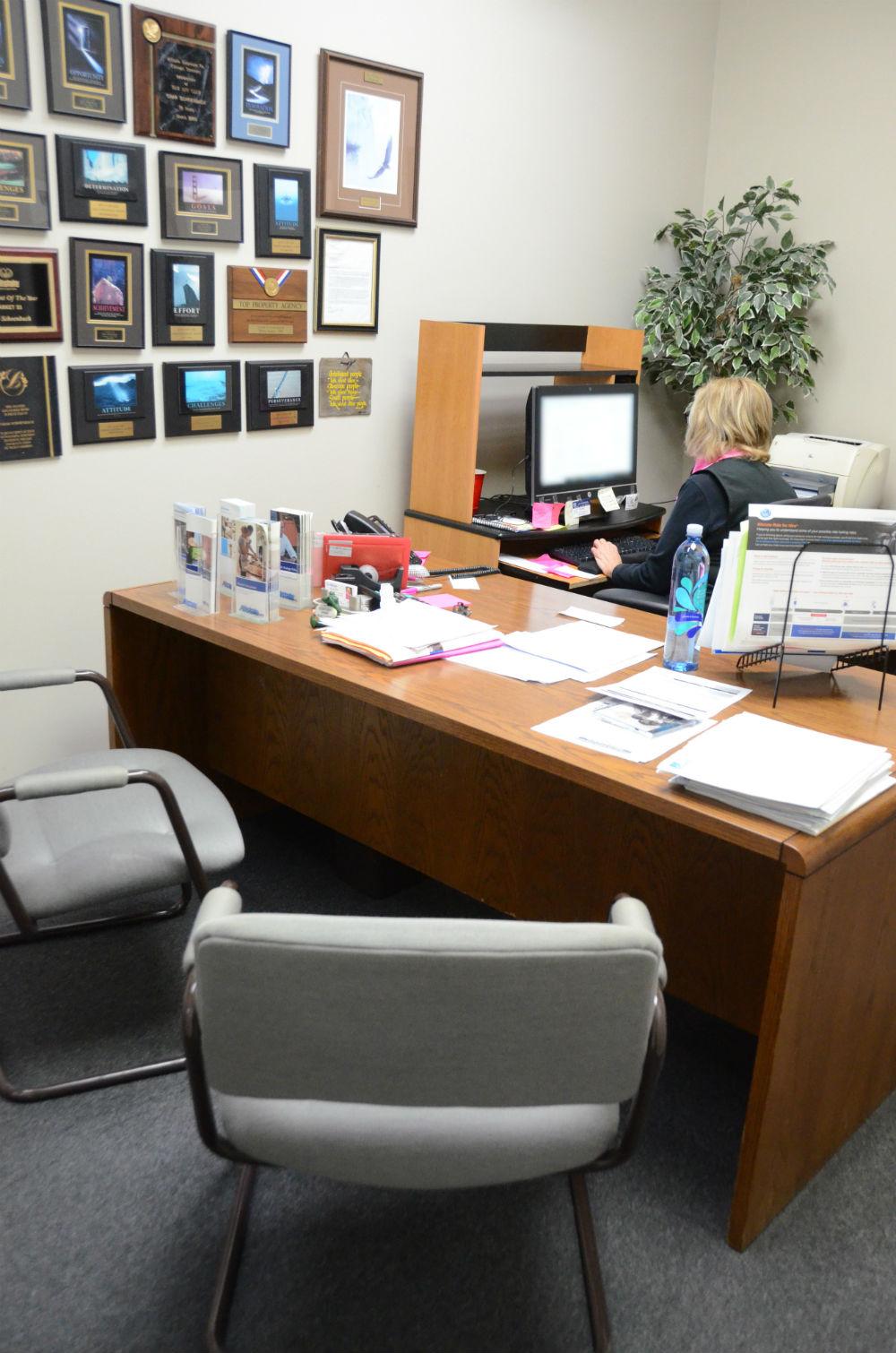 Char Schoenbach: Allstate Insurance image 38